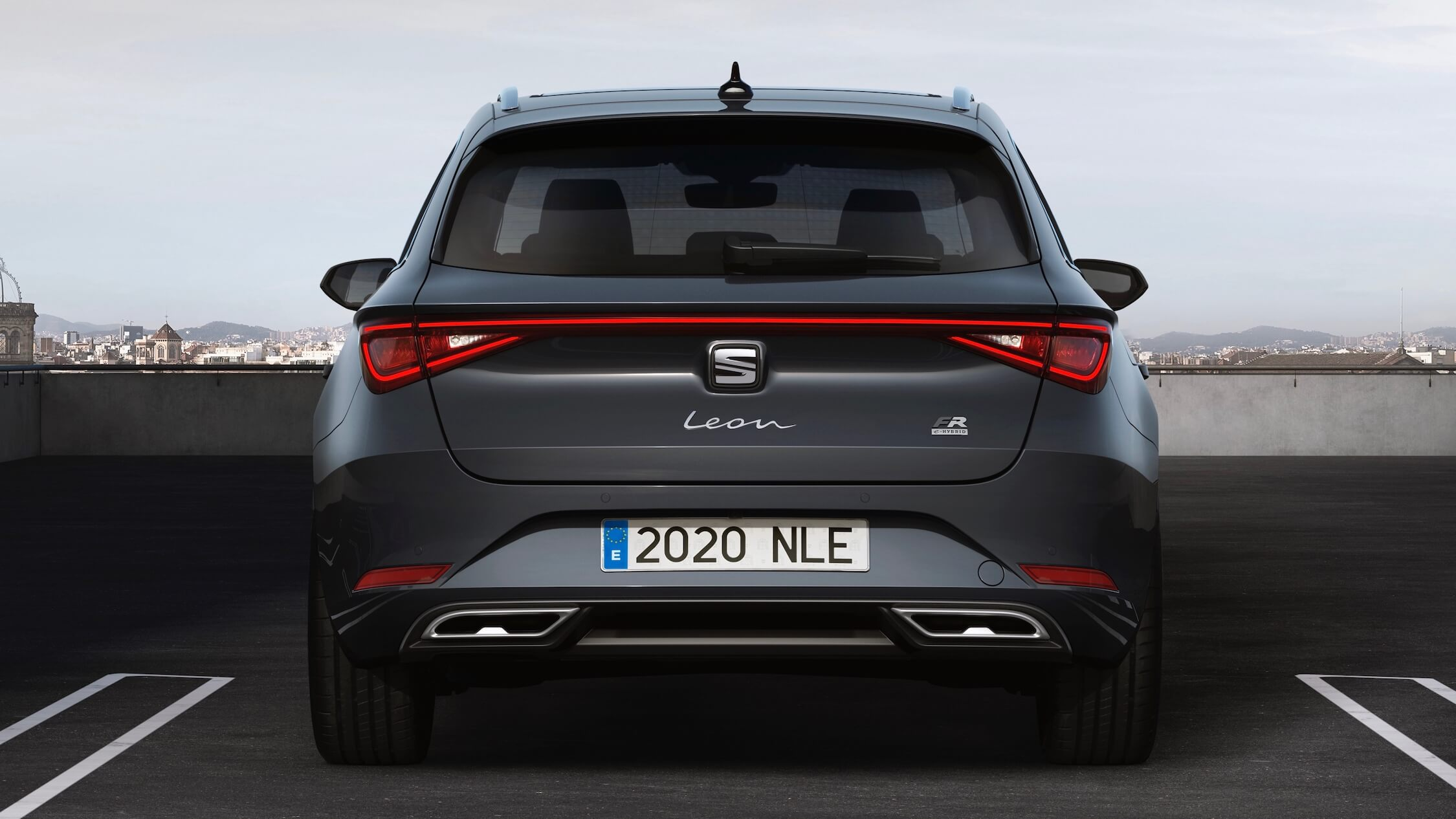 2020 Seat Leon break achterkant