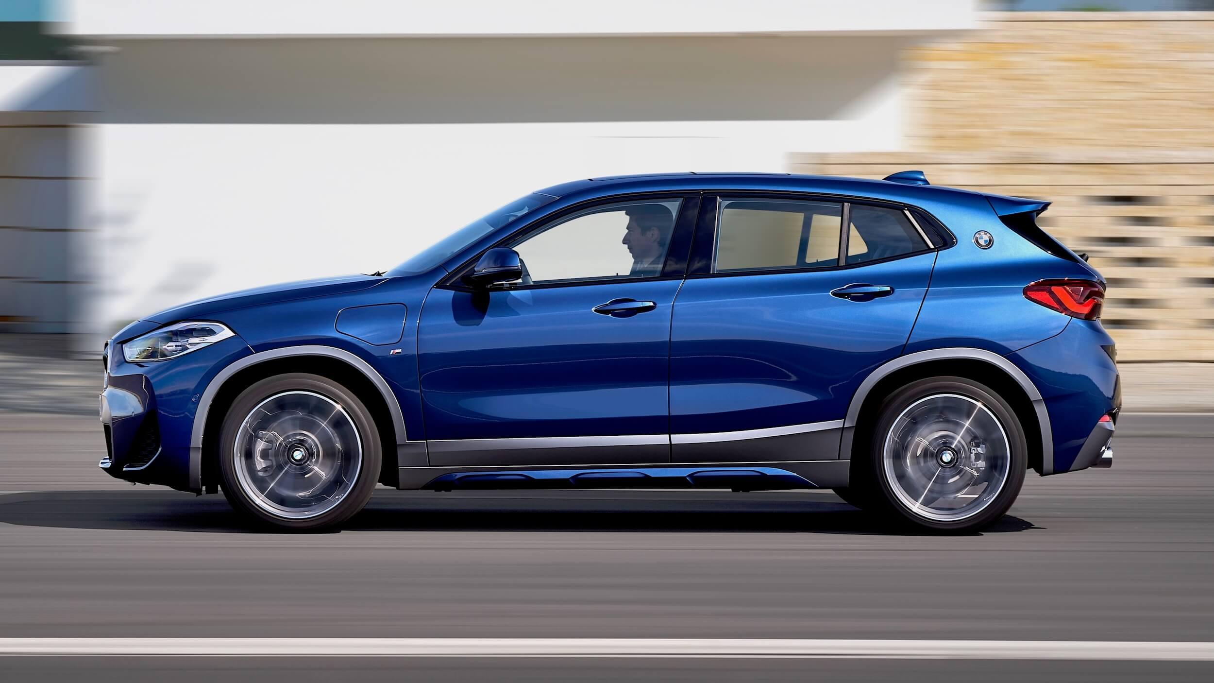 BMW X2 PHEV profiel