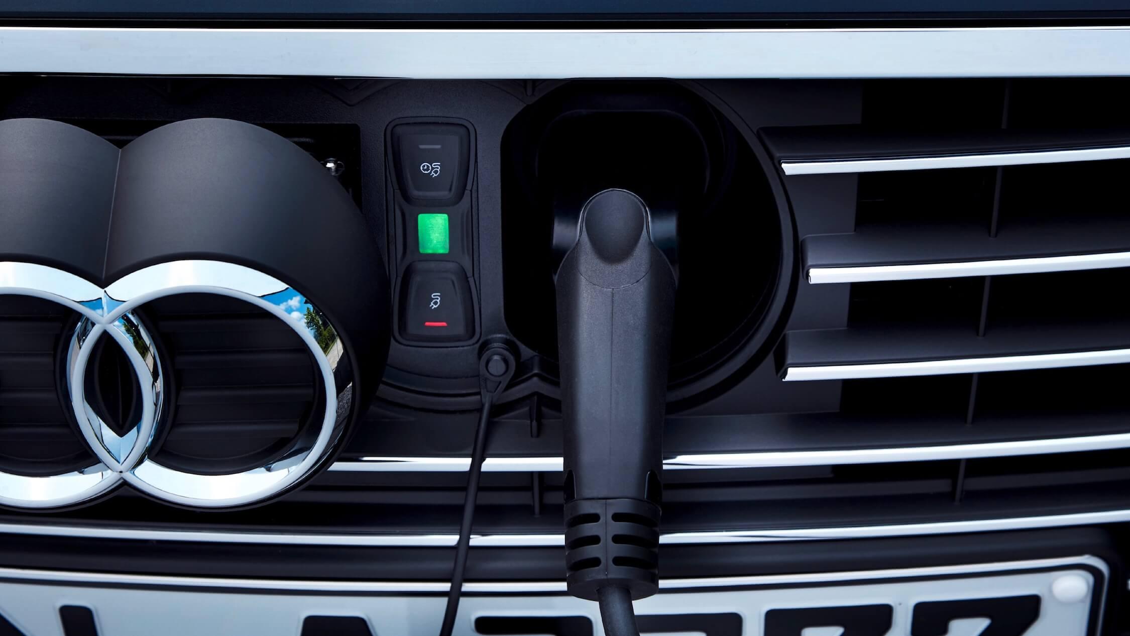 Hybride Audi A3 opladen