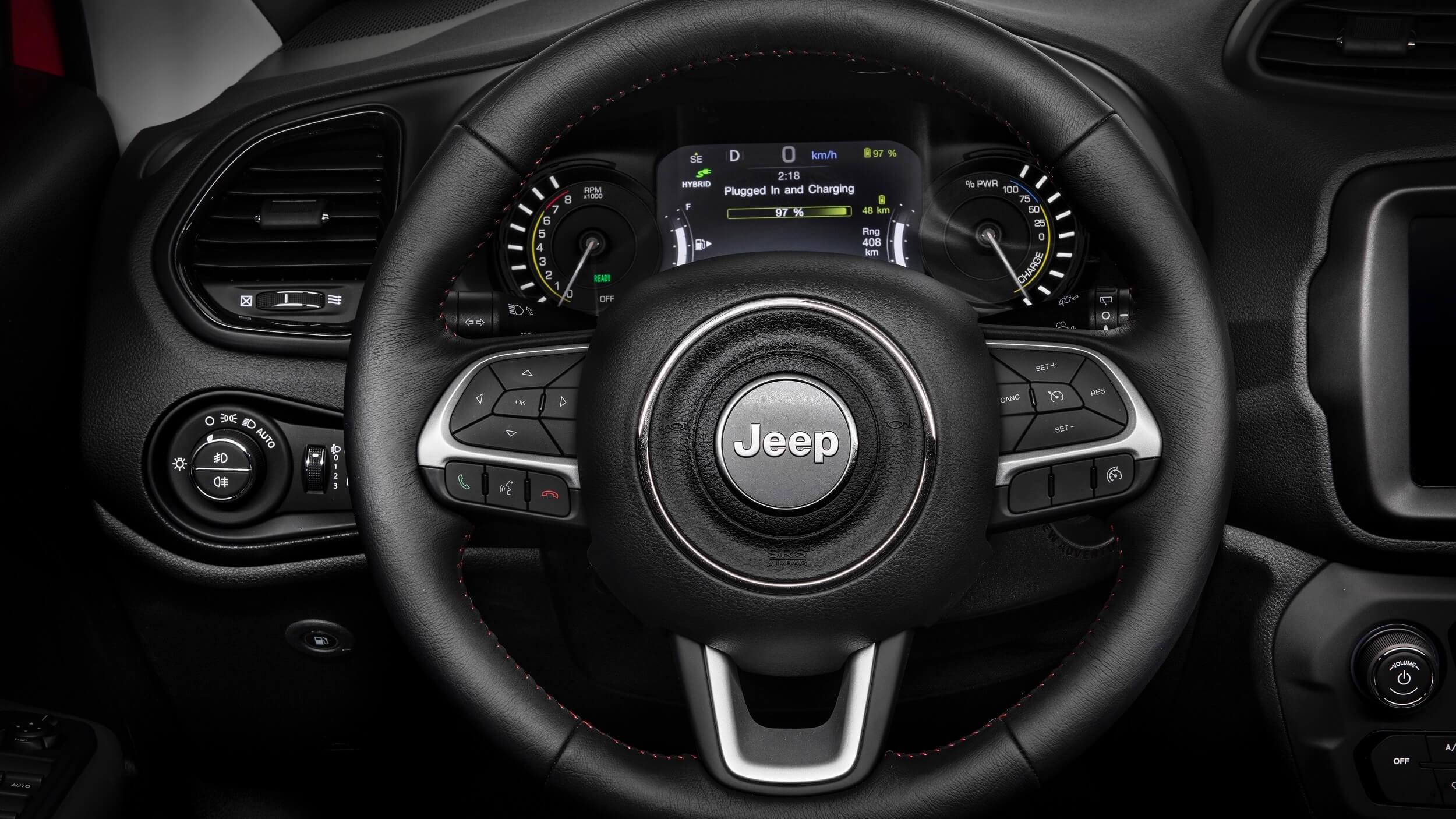 Jeep Renegade hybride stuur