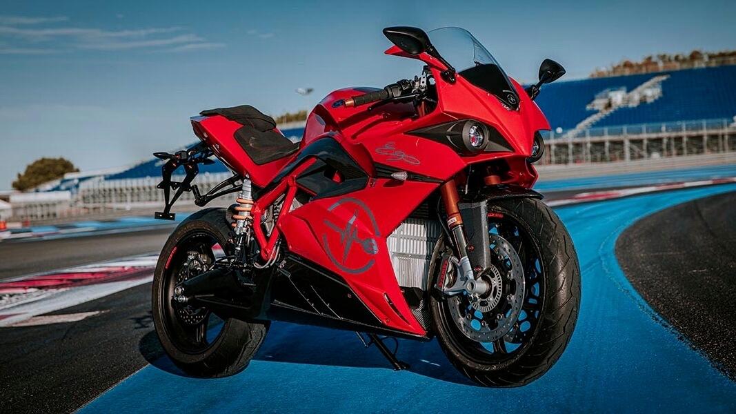 Energica Ego elektrische motorfiets rood