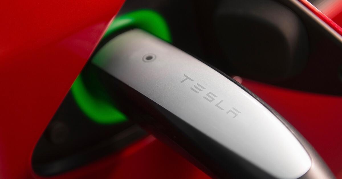 Tesla Supercharger stekker