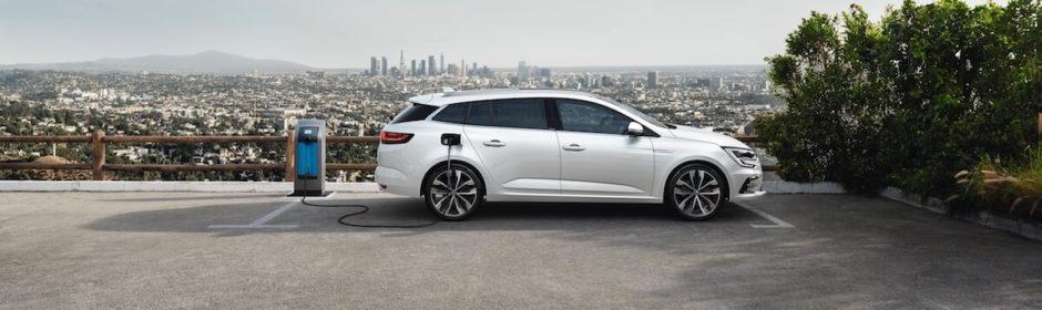 plug-in hybride Renault Megane 2020 met laadkabel