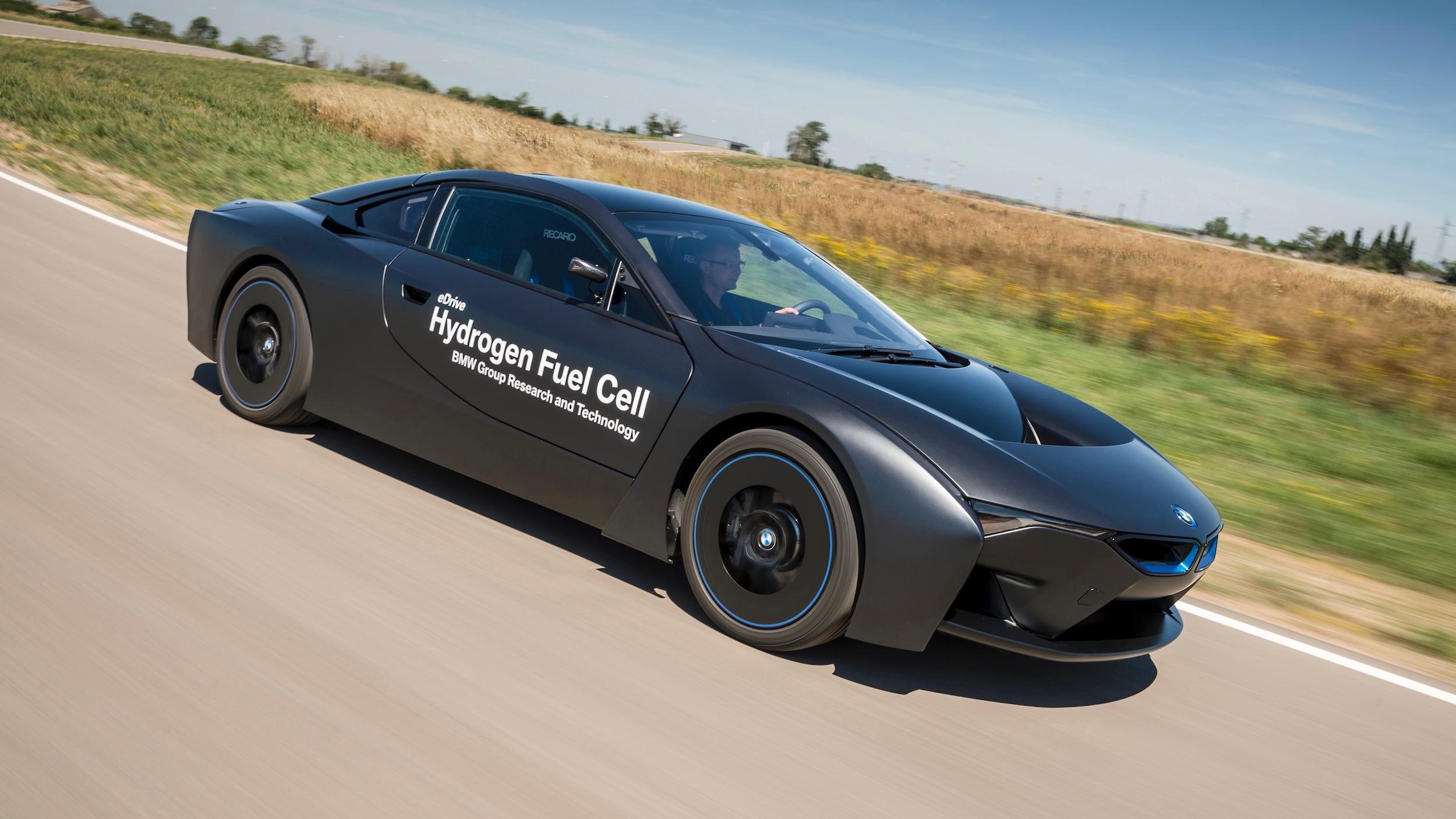 BMW i8 waterstofauto