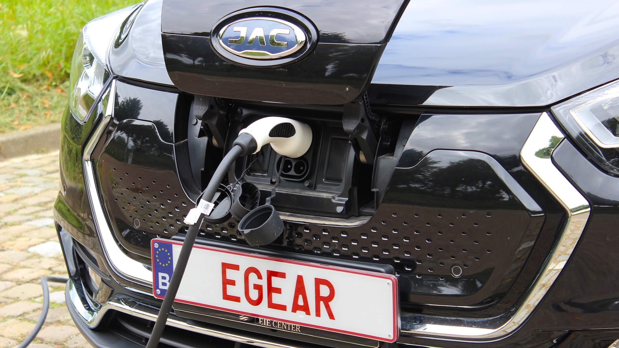 Elektrische JAC iEV7 CCS laad contact
