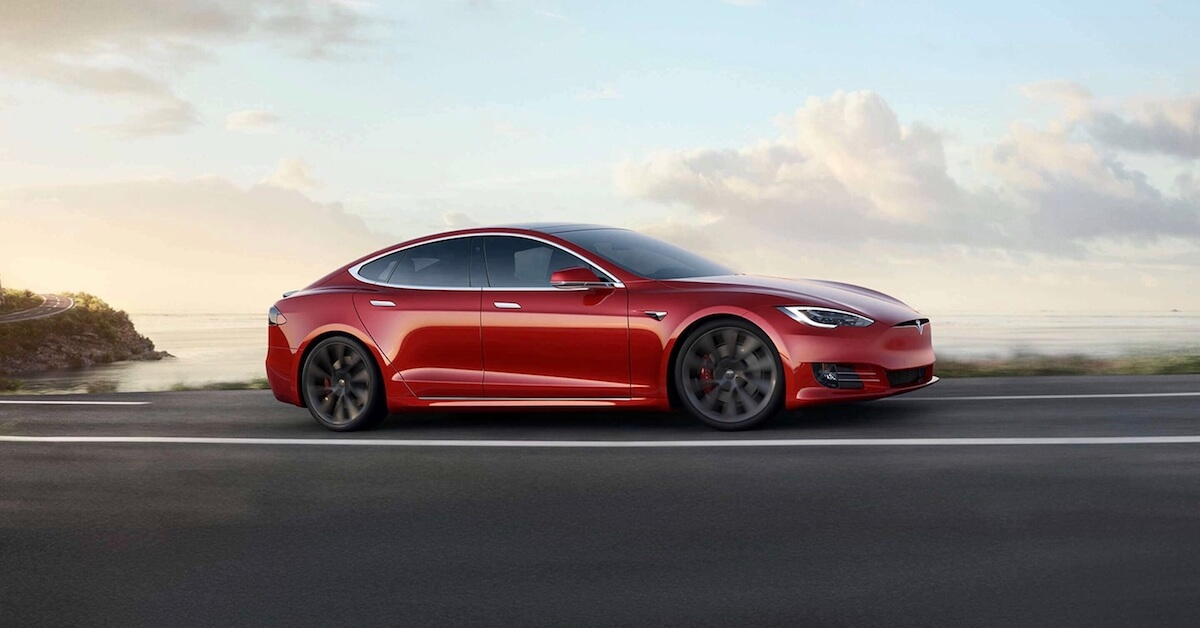 Tesla Model S Performance met Cheetah mode