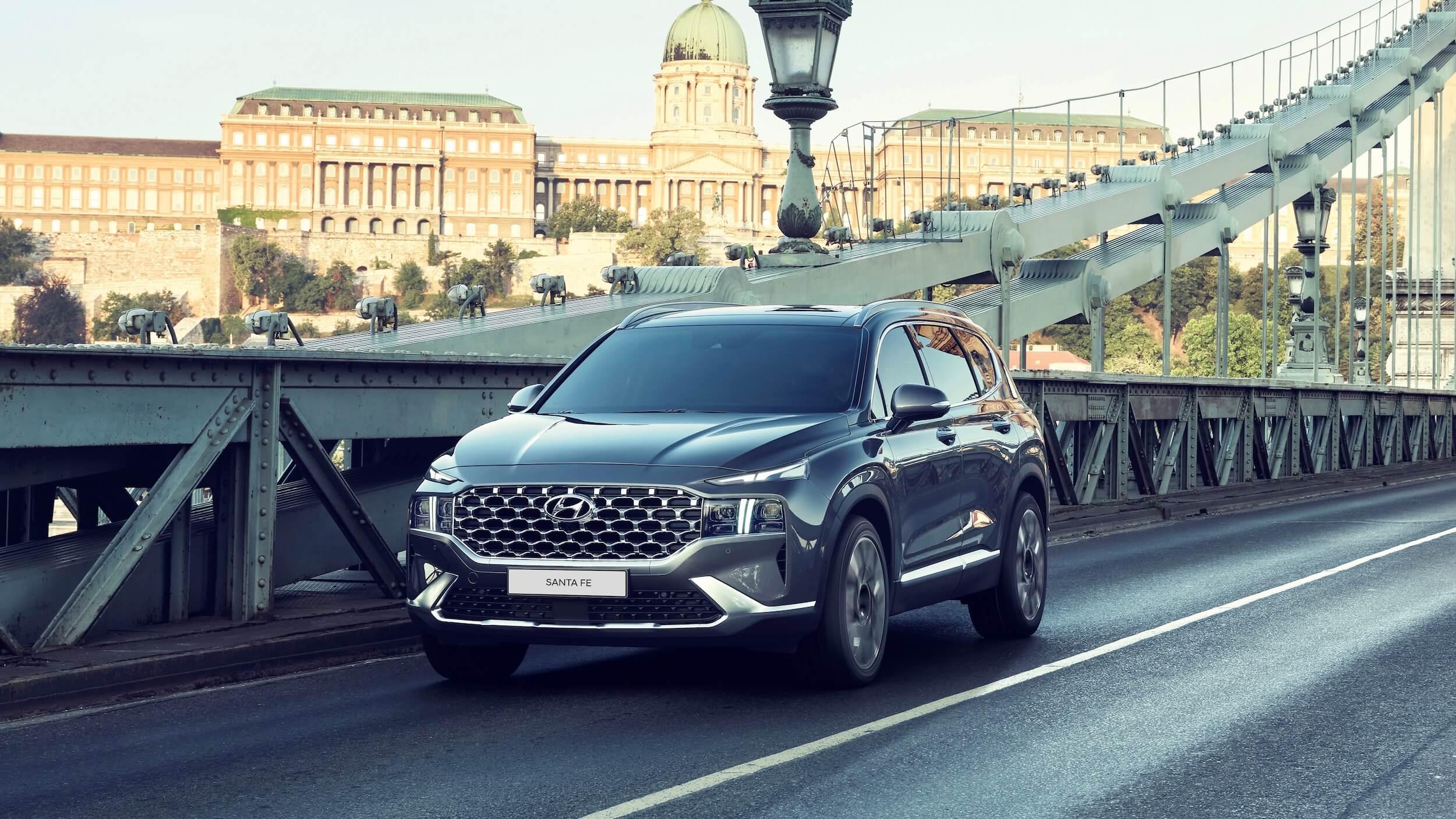 Hyundai Santa Fe PHEV 1