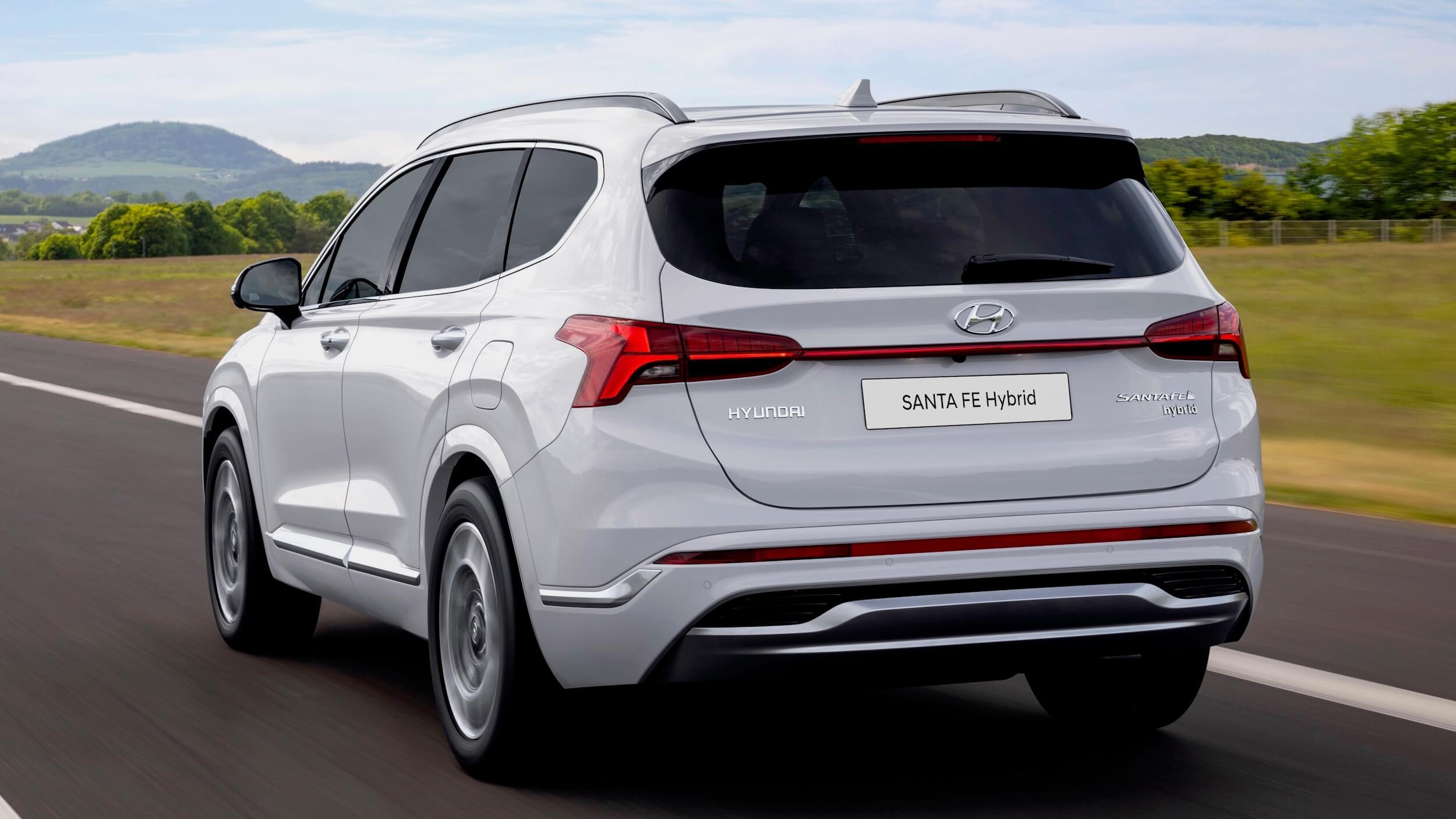 Hyundai Santa Fe PHEV 3