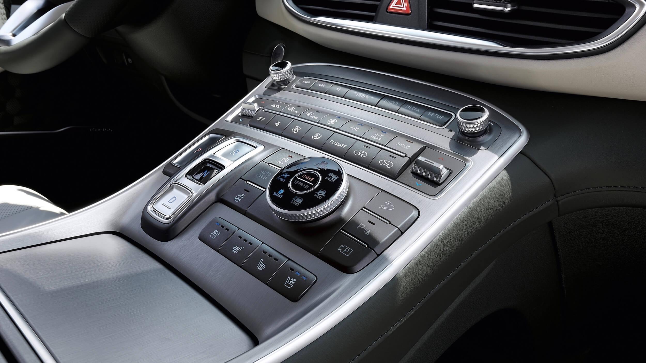 Hyundai Santa Fe PHEV 6