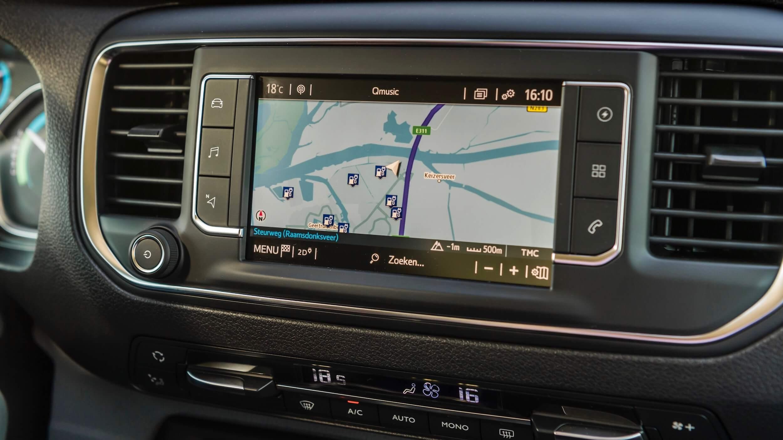 Toyota Proace Electric navigatiescherm