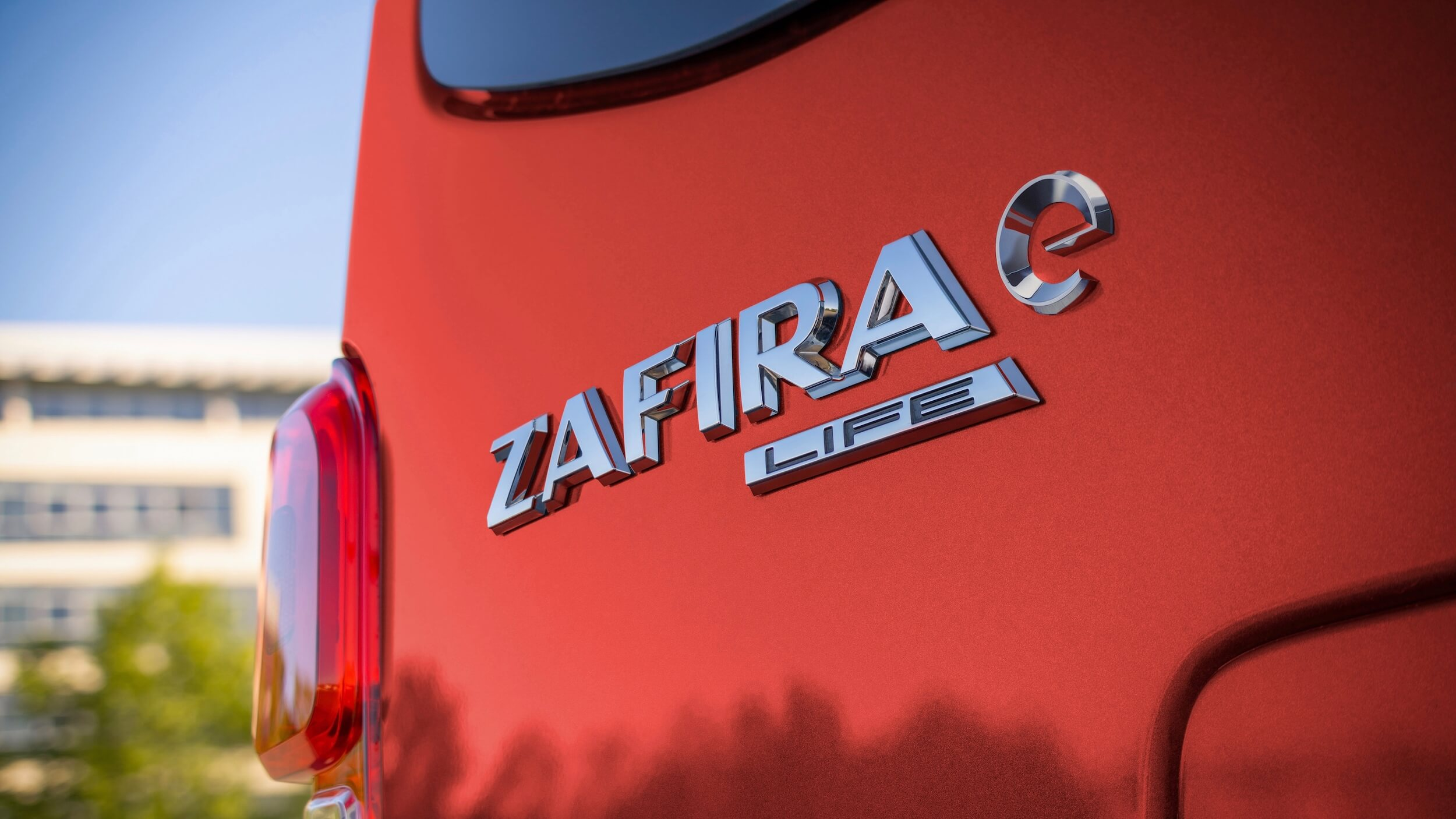 Elektrische Opel Zafira badge