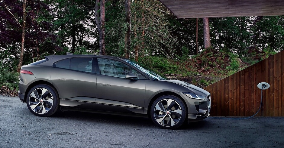 Jaguar I Pace opladen aan wallbox