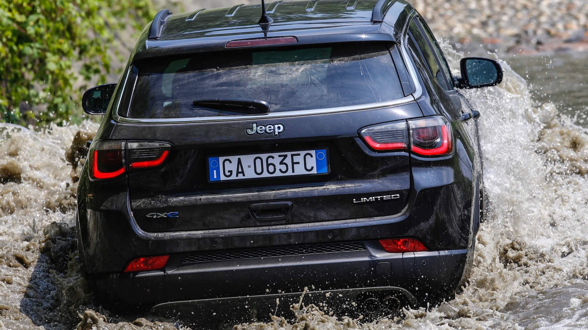 Jeep Compass 4xe achterkant
