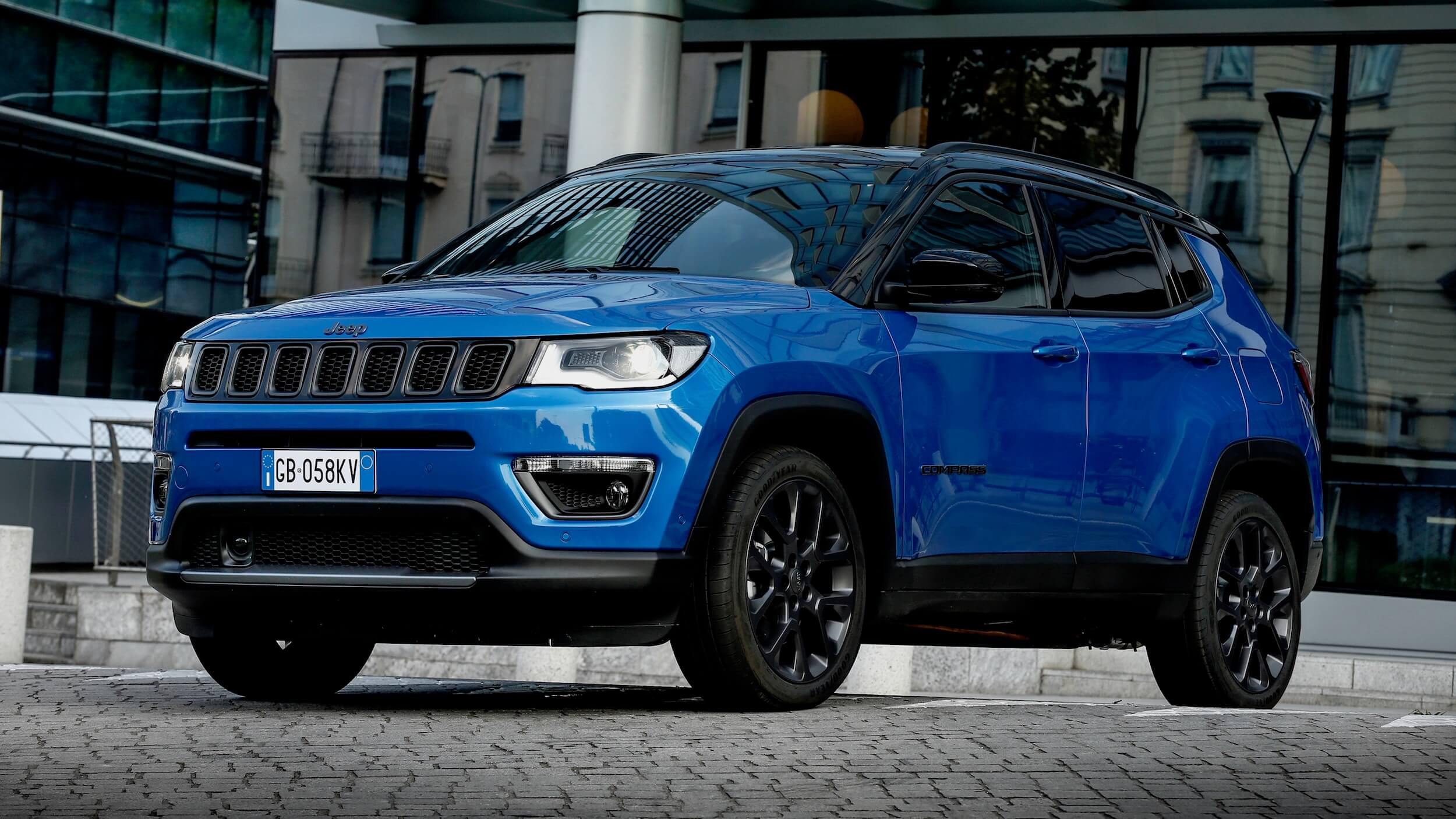 Jeep Compass 4xe blauw