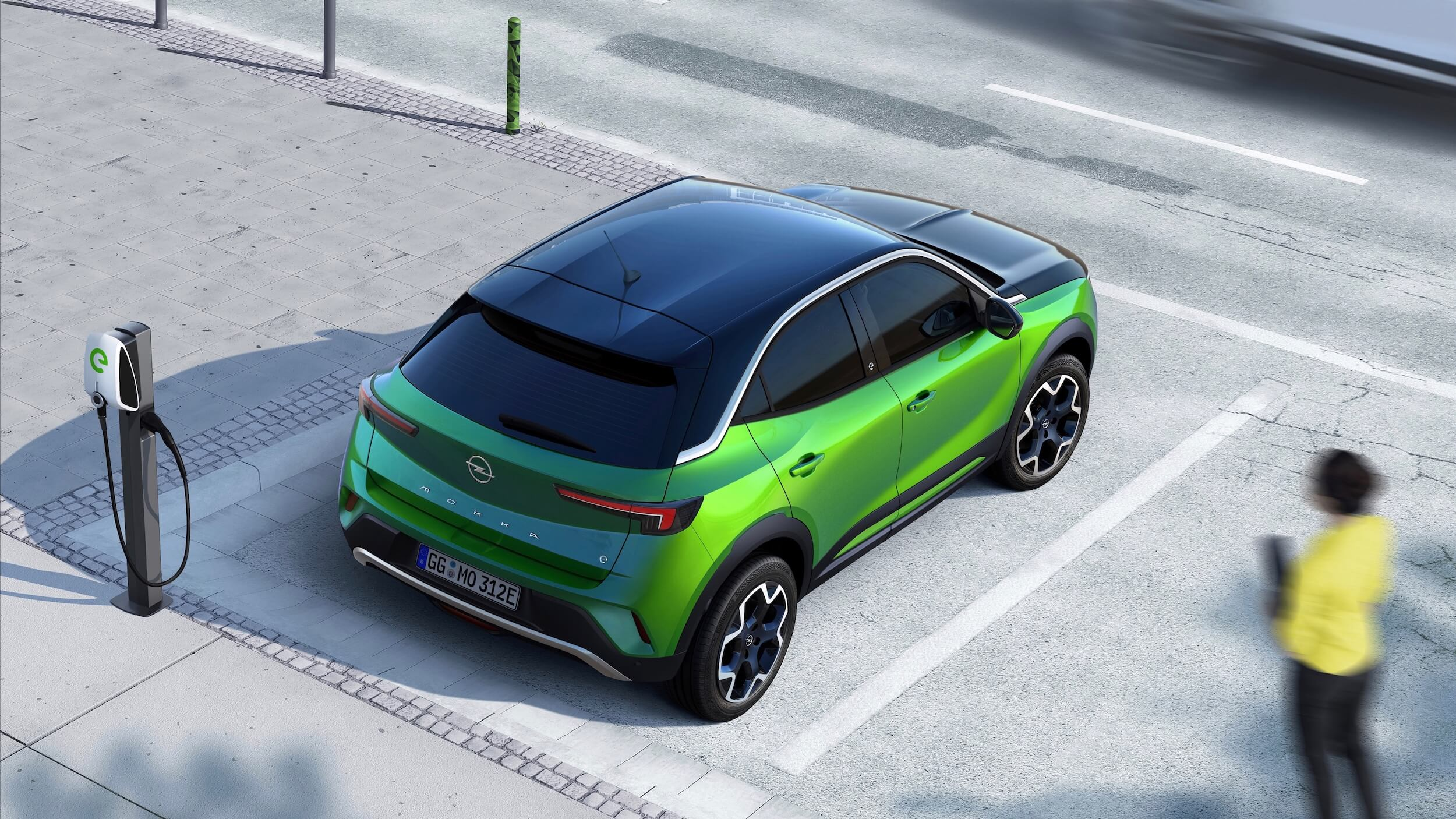 Opel Mokka e aan laadpunt
