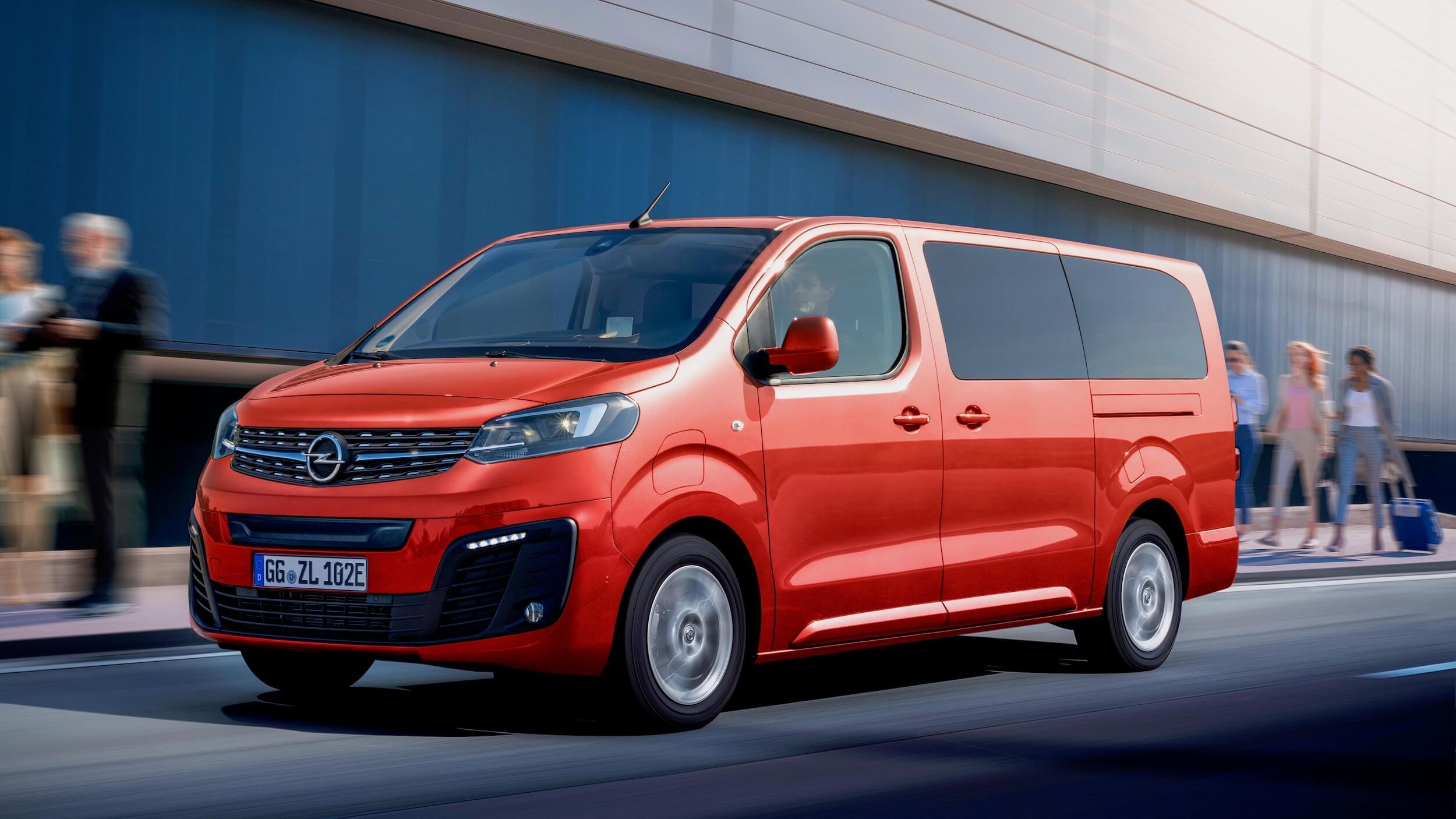Opel Zafira e Rood