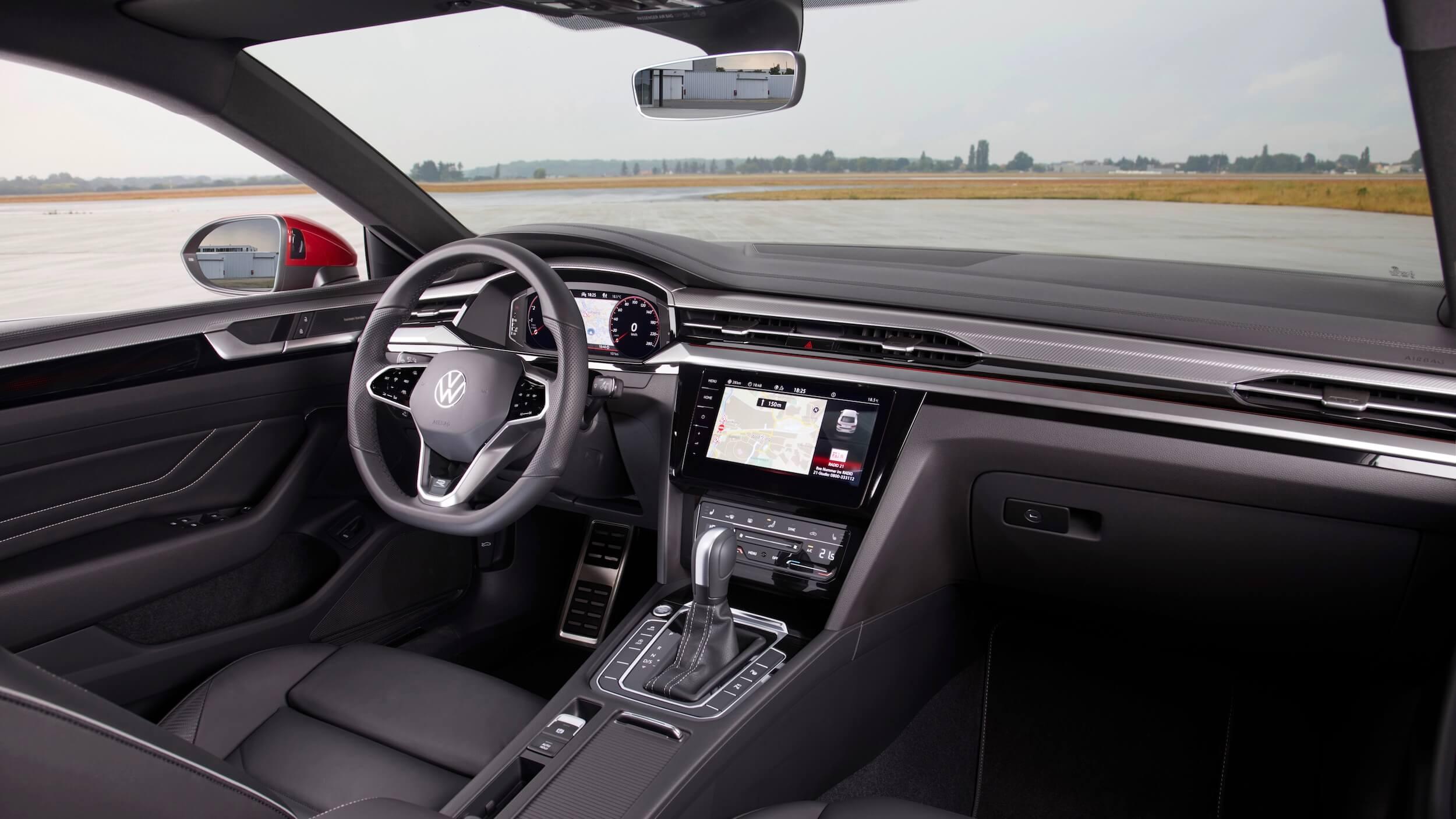 VW Arteon eHybrid stuur en dashboard