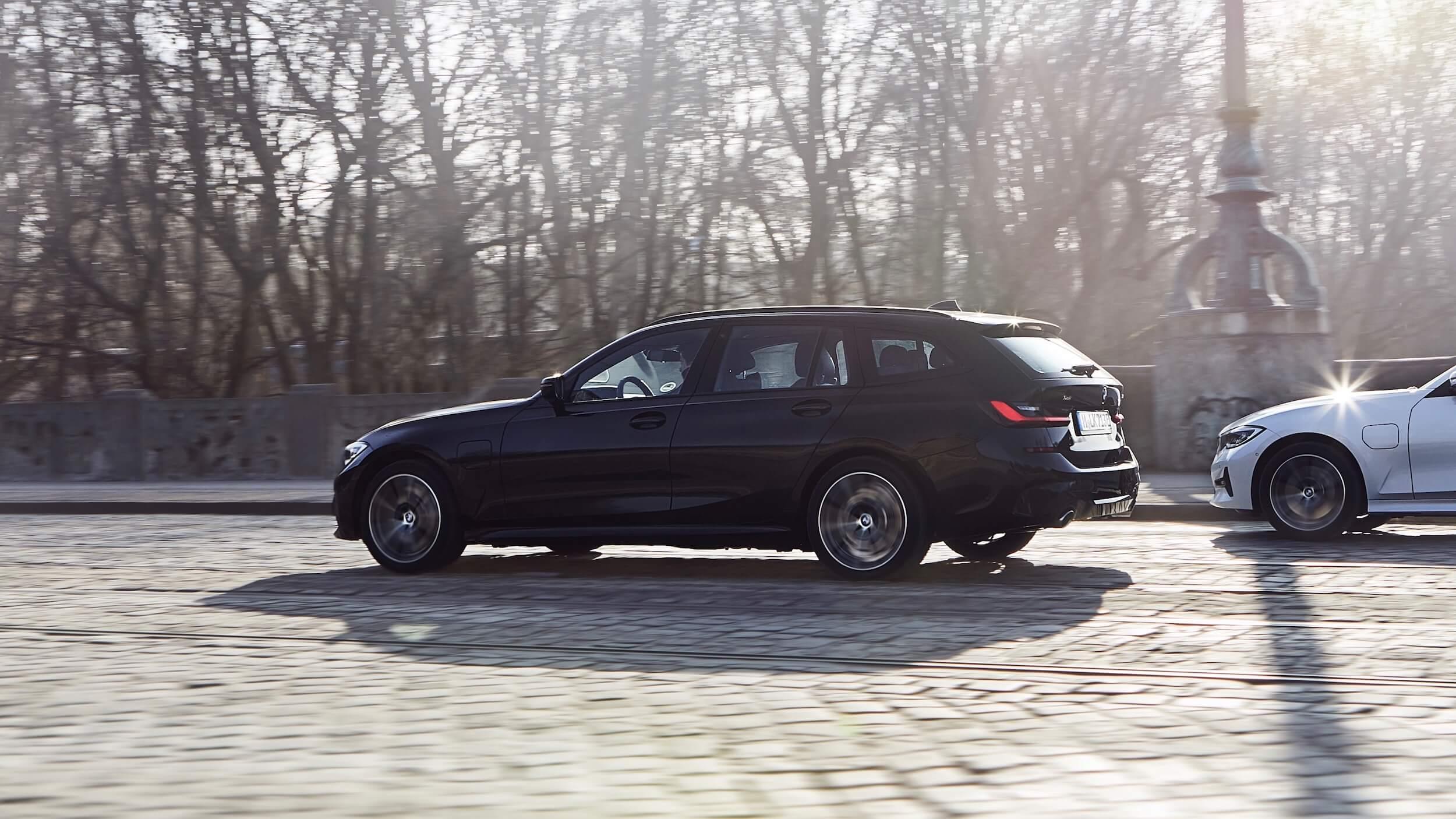 BMW 330xe touring