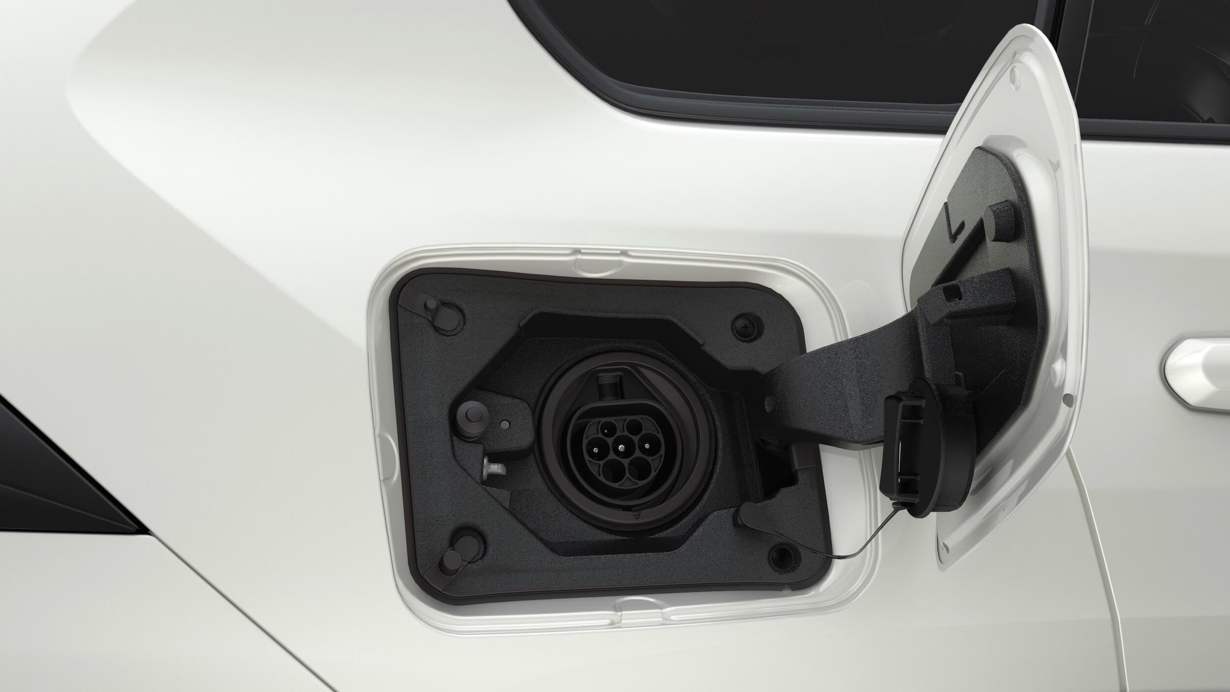 Suzuki Across PHEV laadklep