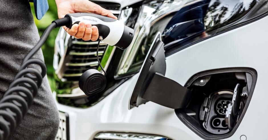 Elektrische Mercedes EQV opladen