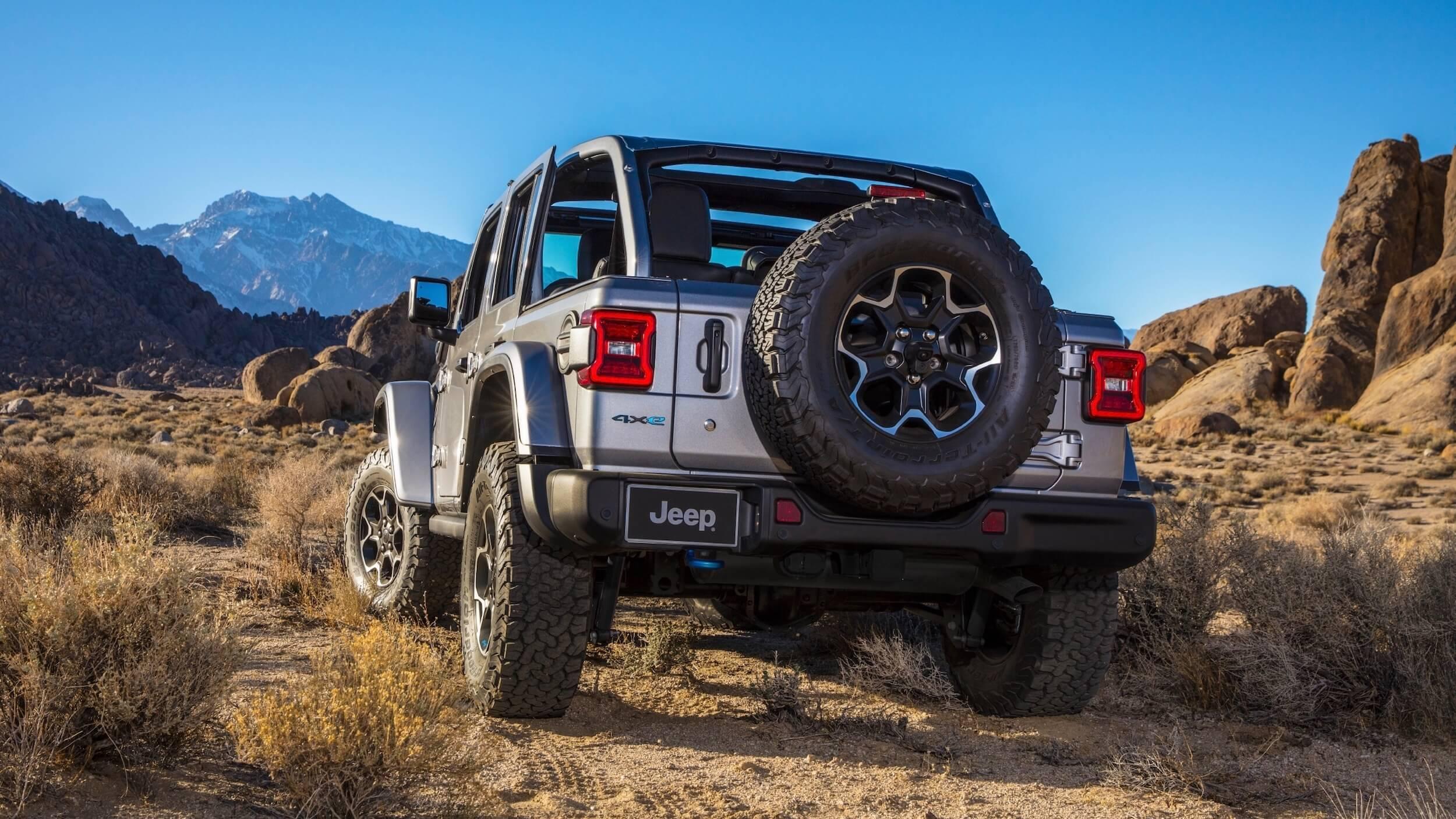 Hybride Jeep Wrangler 4xe achterkant