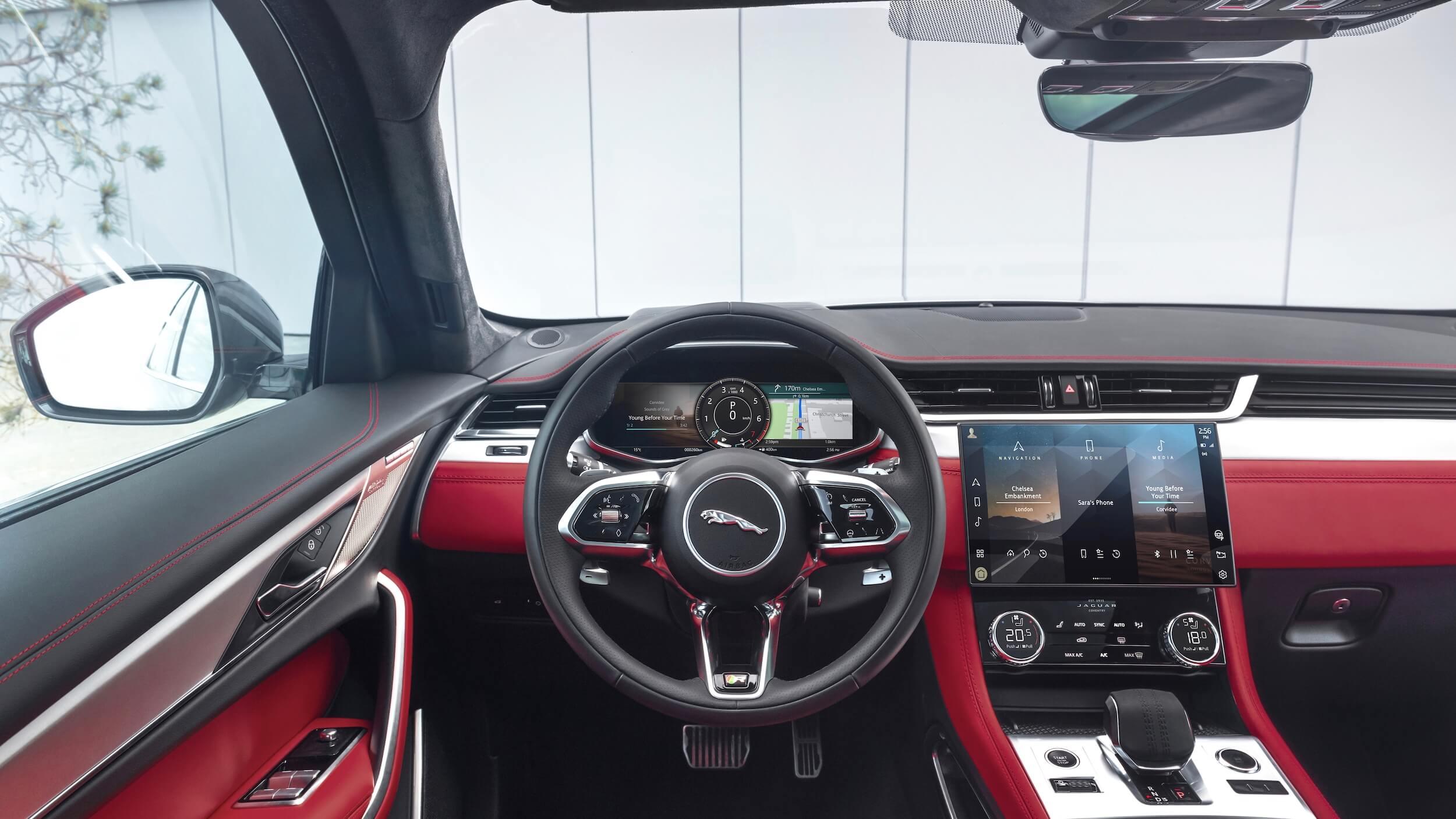 Jaguar F Pace facelift interieur