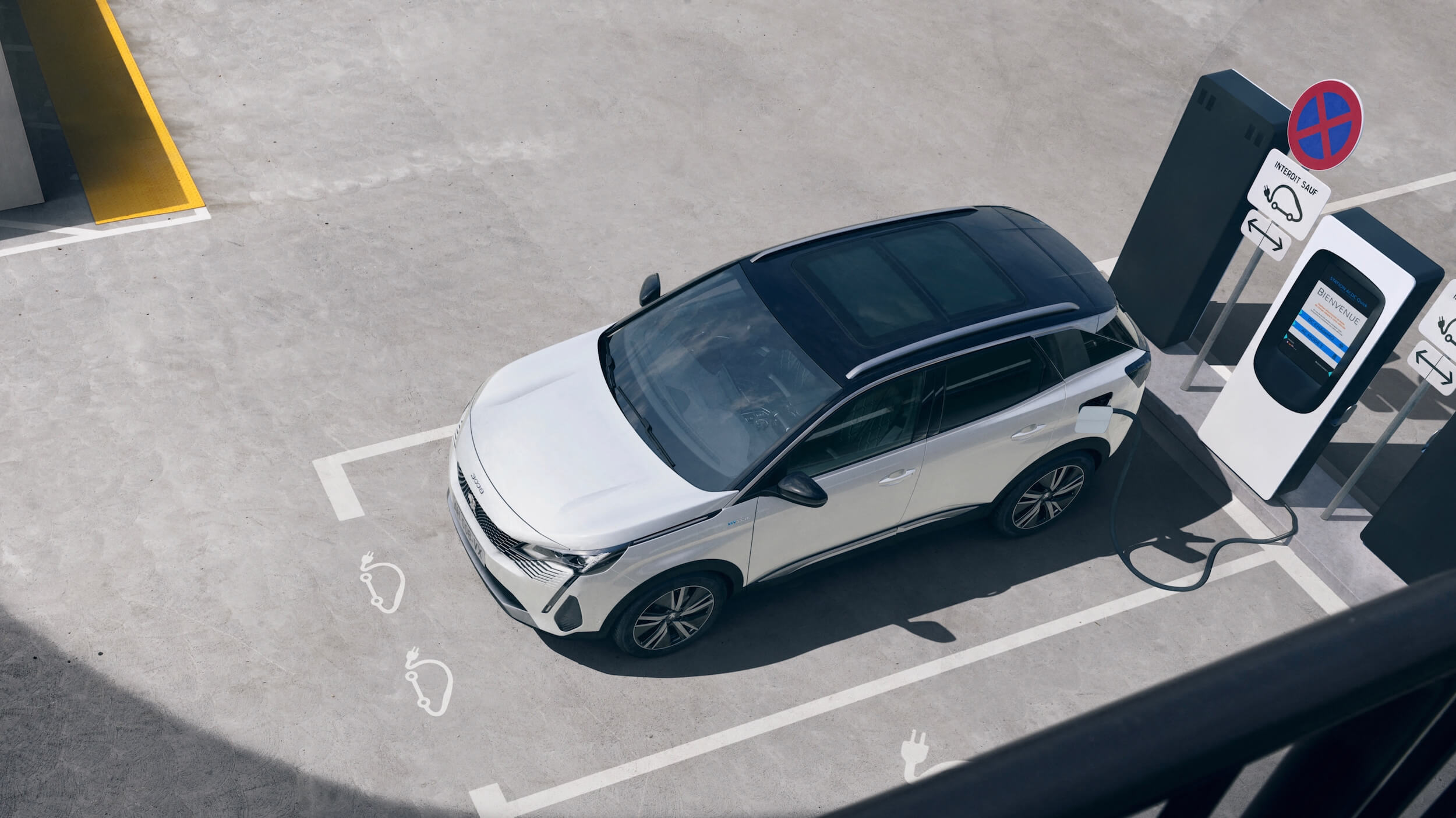 Peugeot 3008 hybride opladen