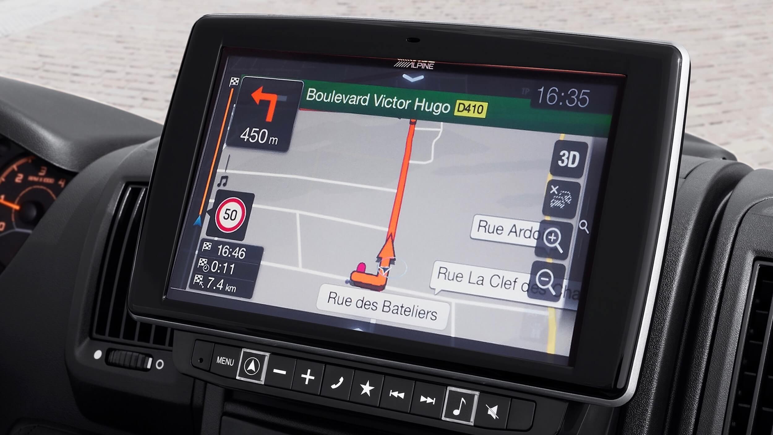 Peugeot e Boxer infotainment scherm