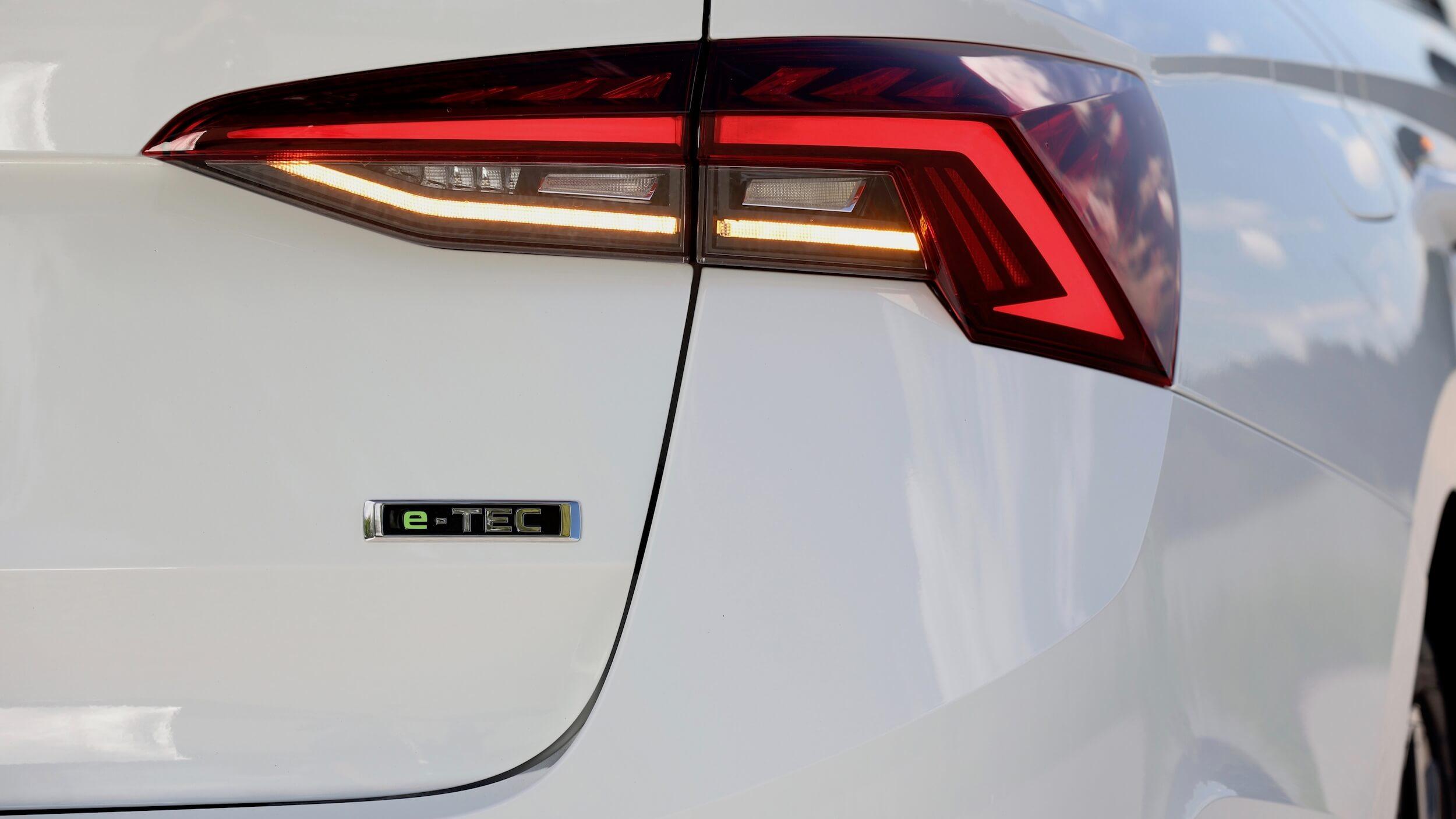 Skoda Octavia E TEC milde hybride badge