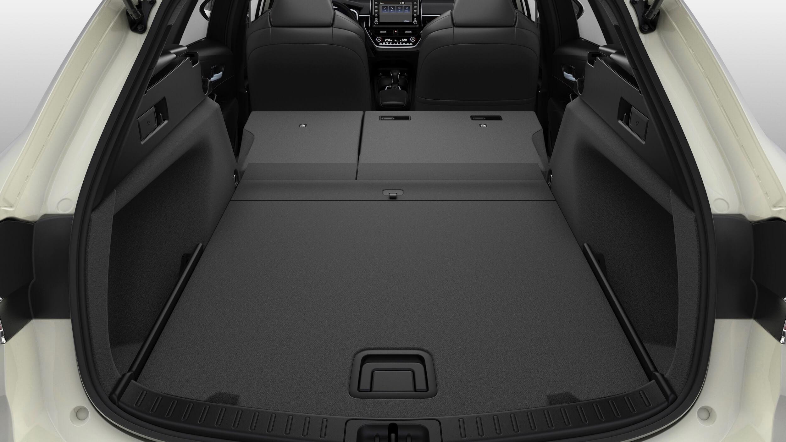Suzuki Swace hybride koffer zetels neergeklapt