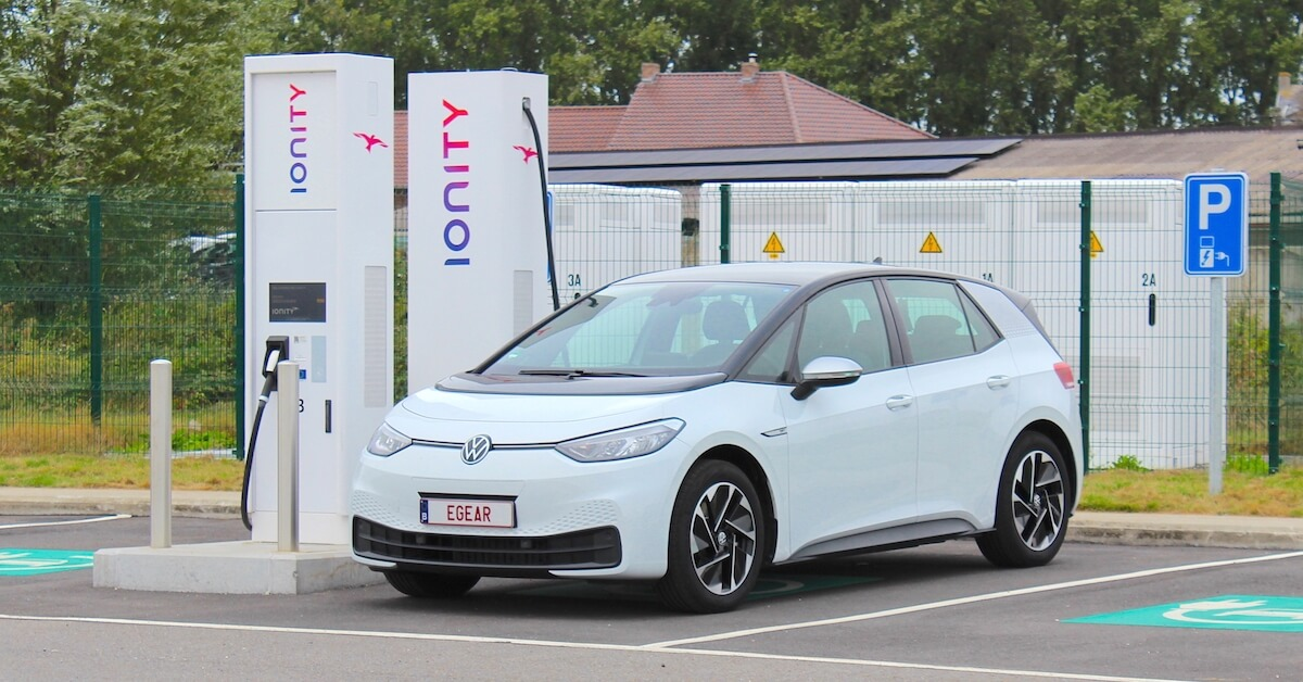 Volkswagen ID.3 aan Ionity fast charger