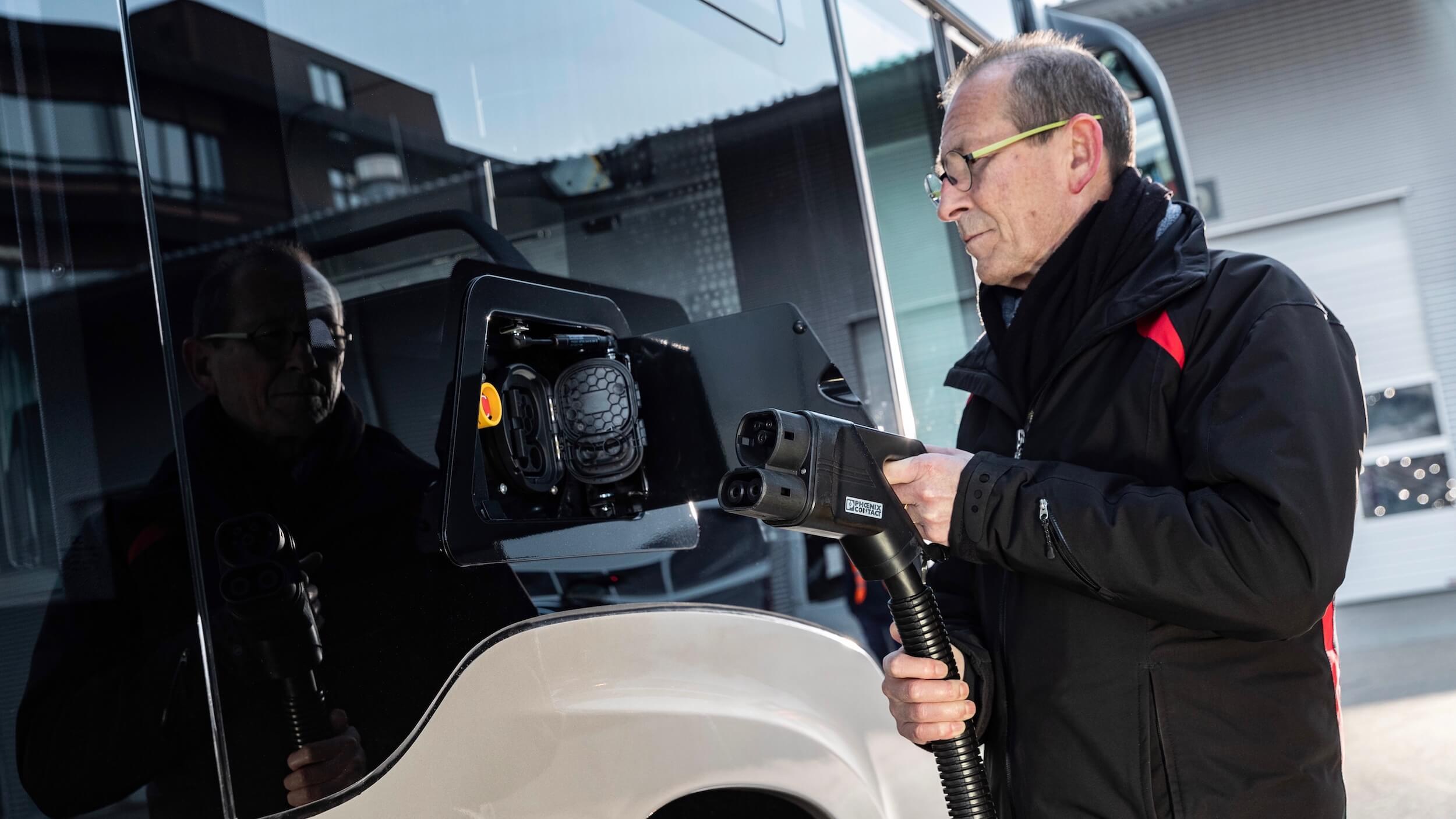 elektrische Mercedes eCitaro G laden