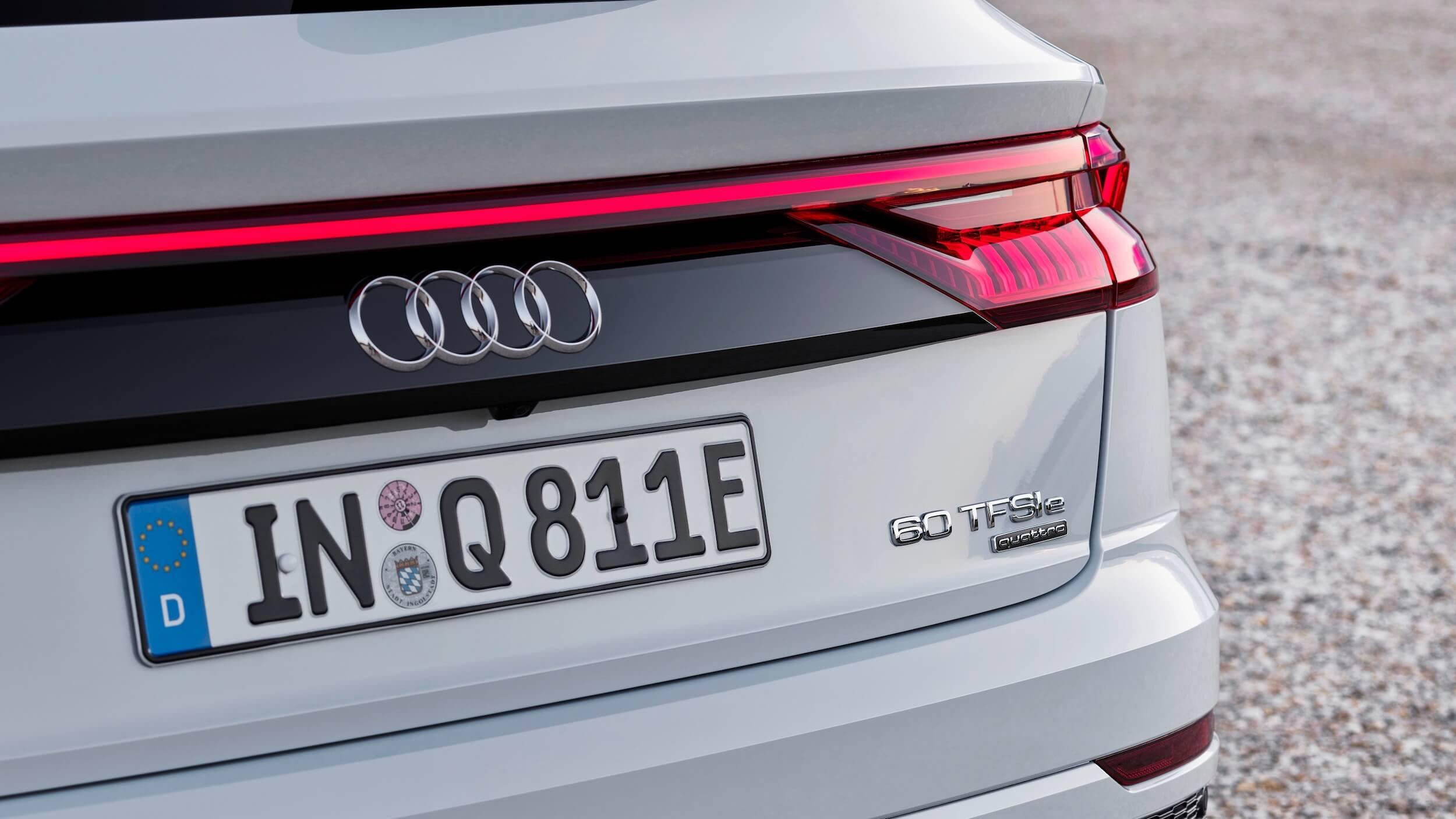 Audi Q8 60 TFSI e quattro badge logo