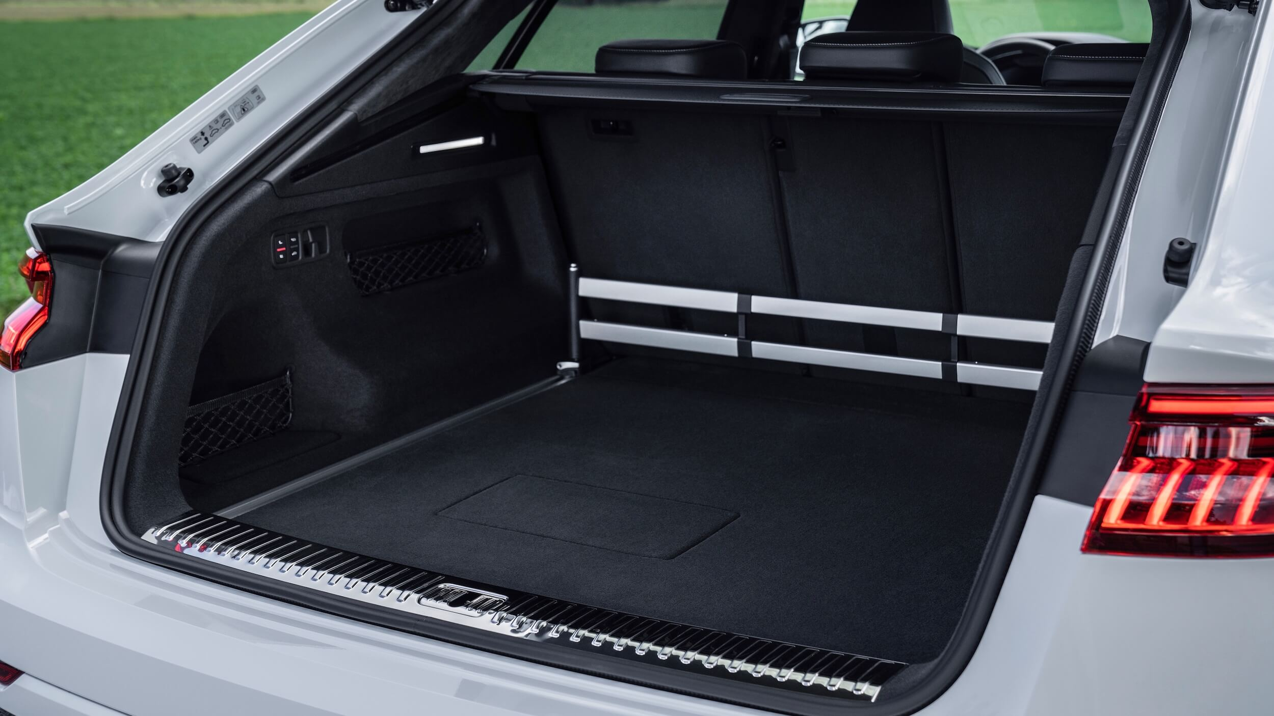 Audi Q8 PHEV koffer