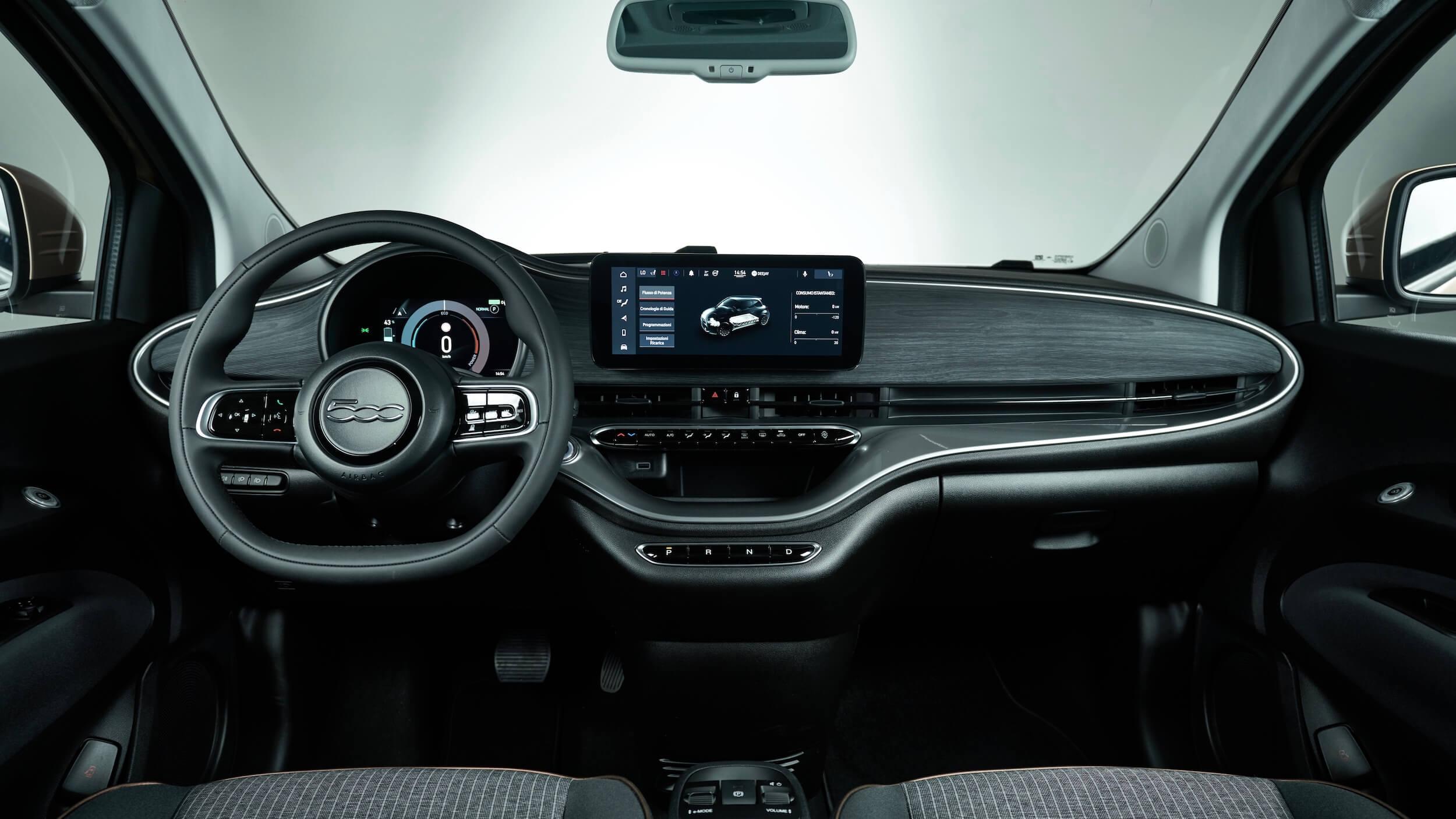 Fiat 500e 31 interieur