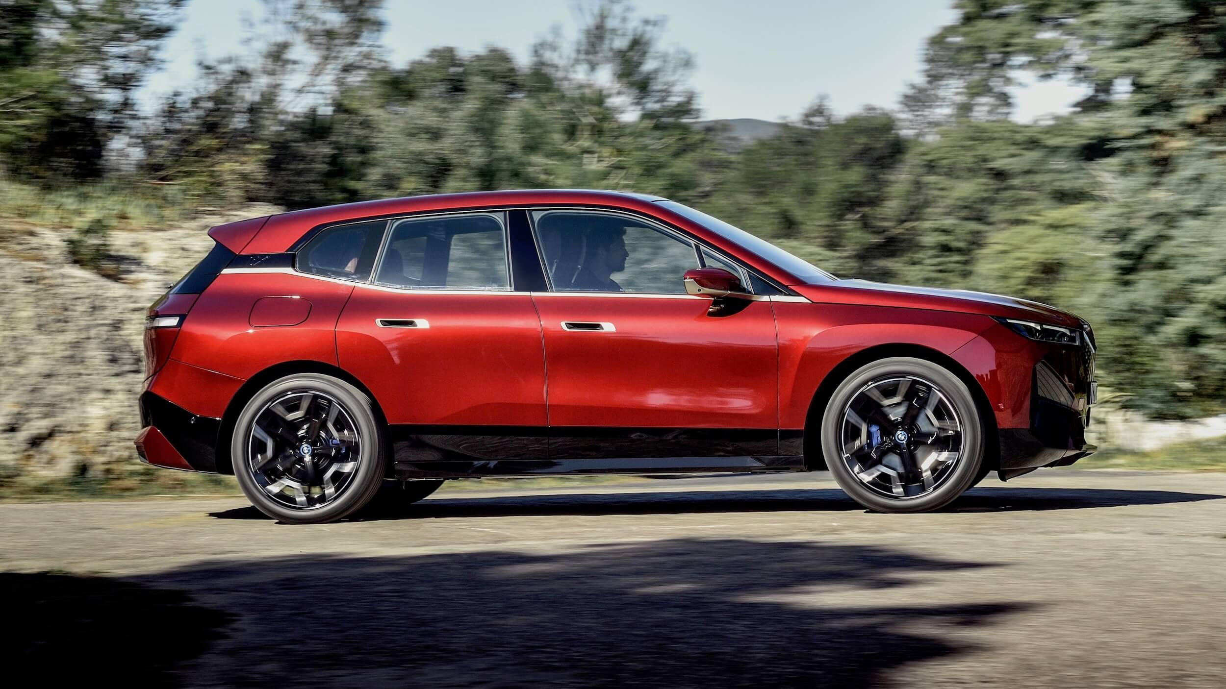 BMW iX profiel 1
