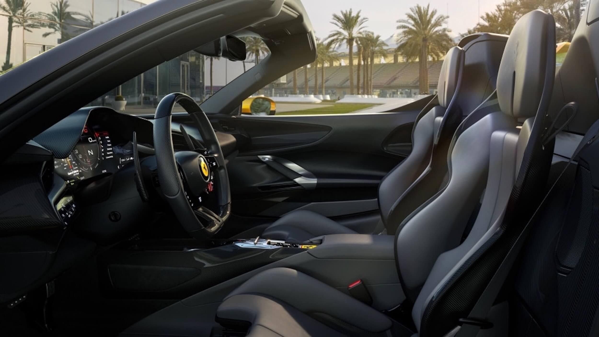 Ferrari SF90 Spider interieur
