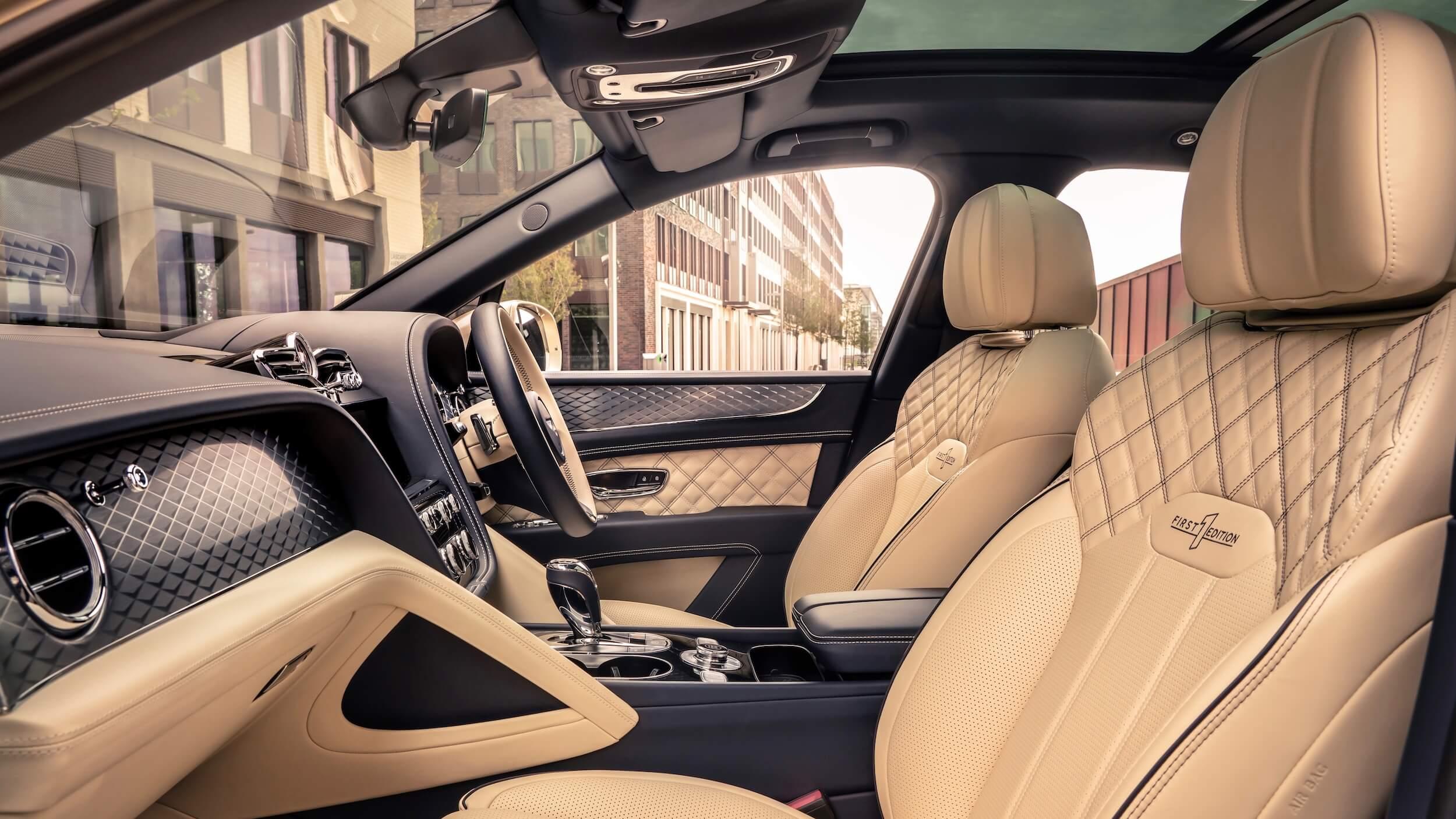 Bentley Bentayga PHEV zetels