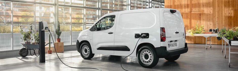 Citroën ë Berlingo aan laadpaal