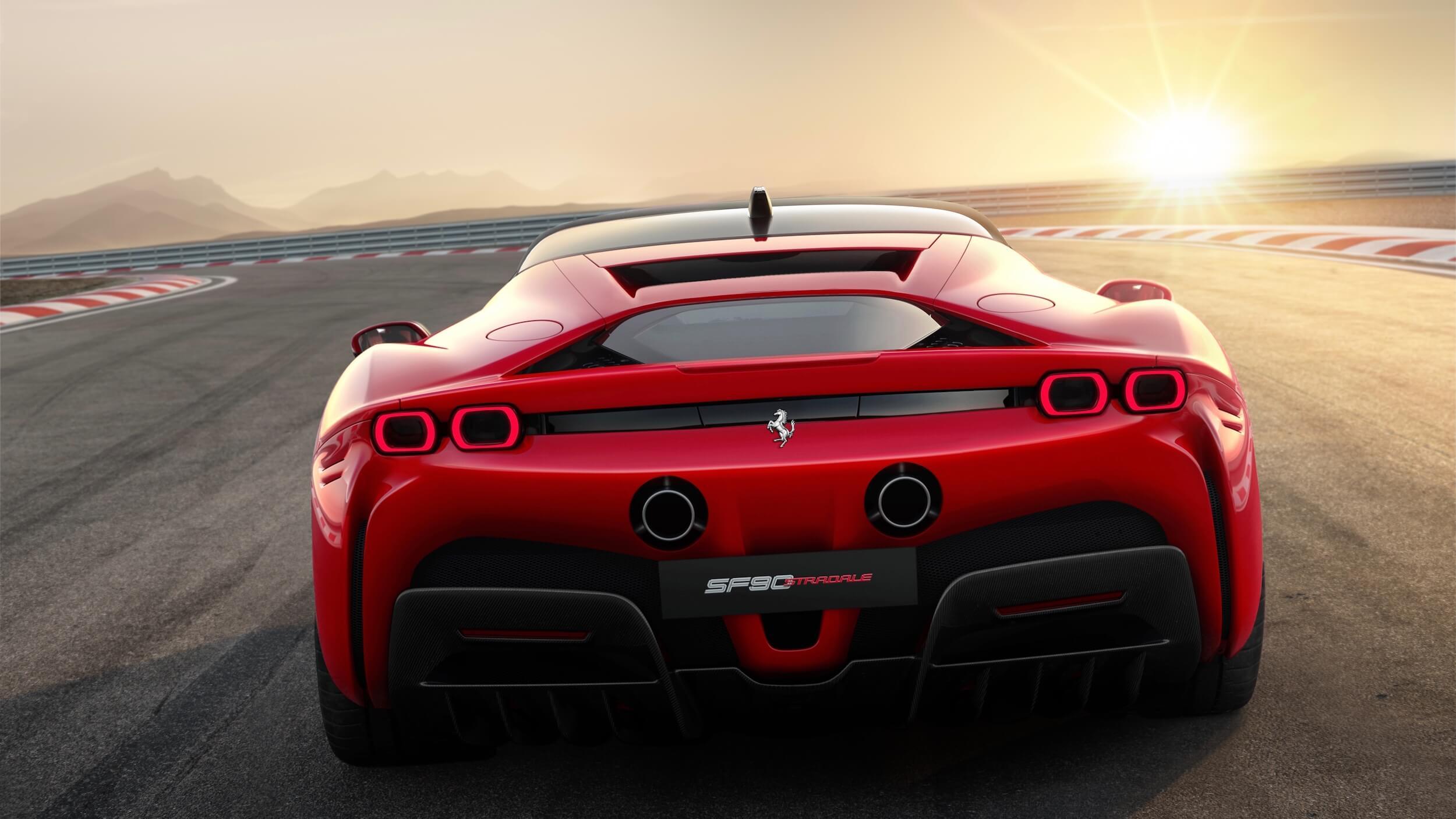 Ferrari SF90 Stradale achterkant