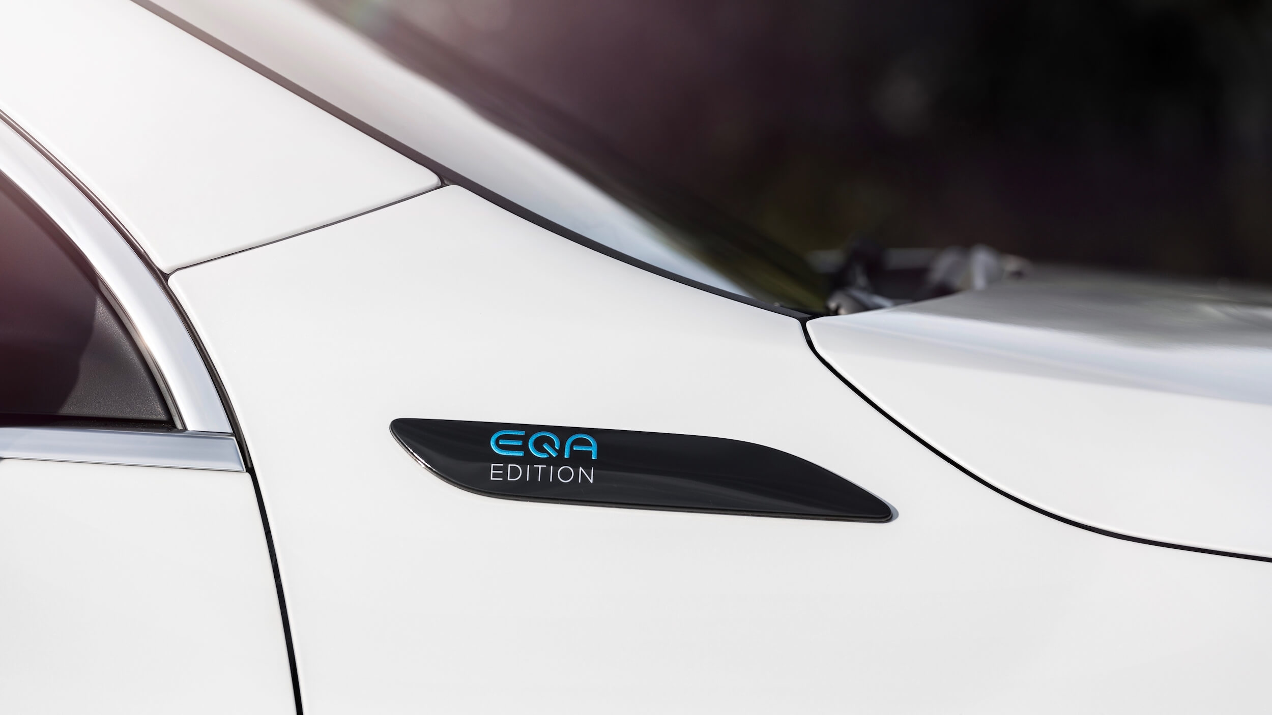 Mercedes EQA badge