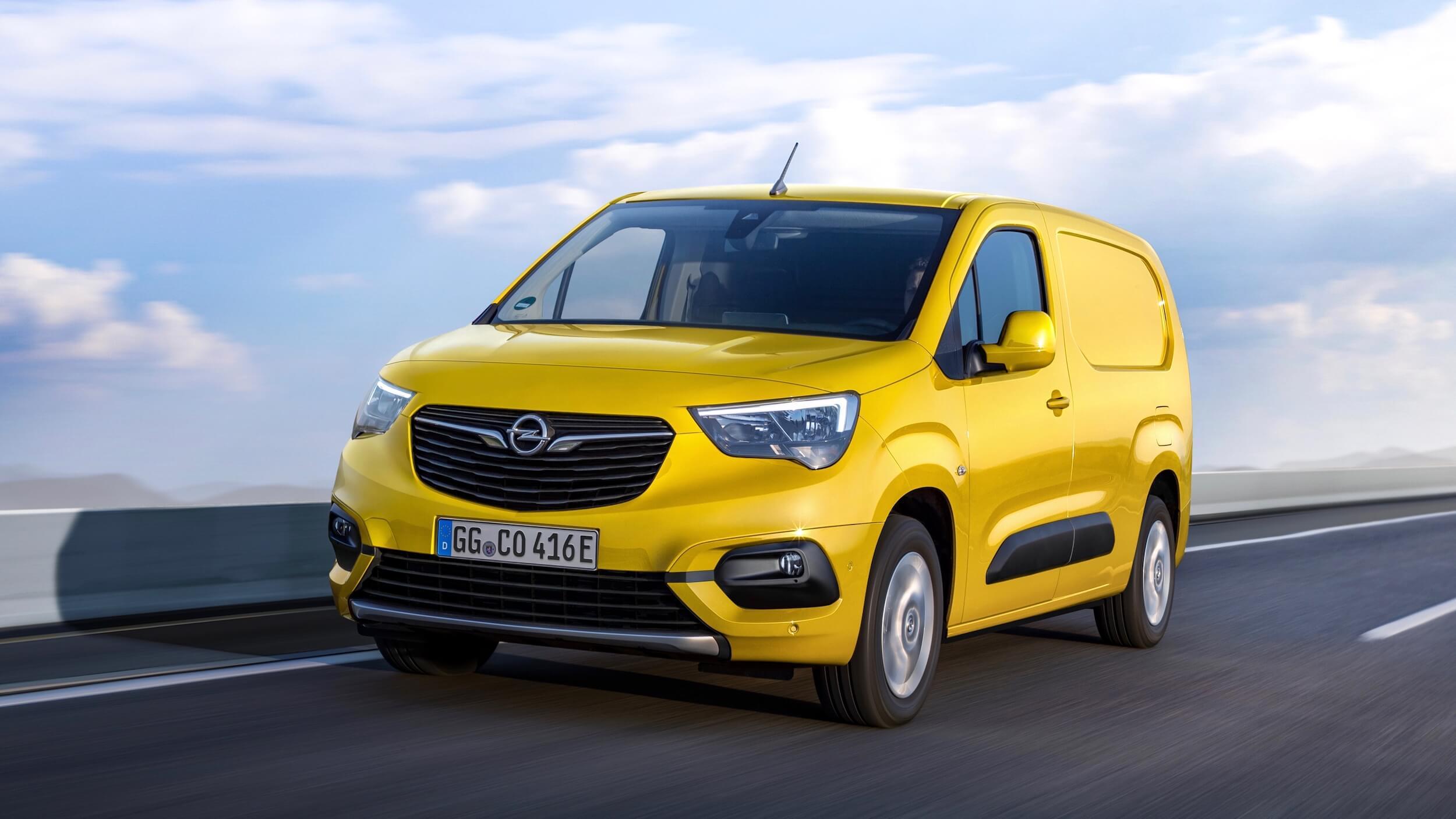 Opel Combo e Cargo geel