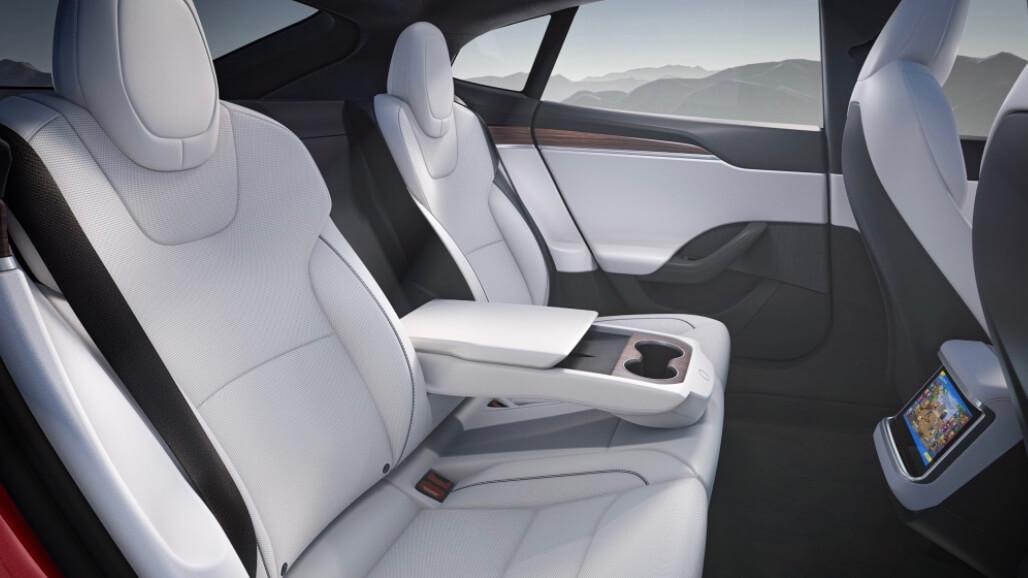 Tesla Model S achterbank