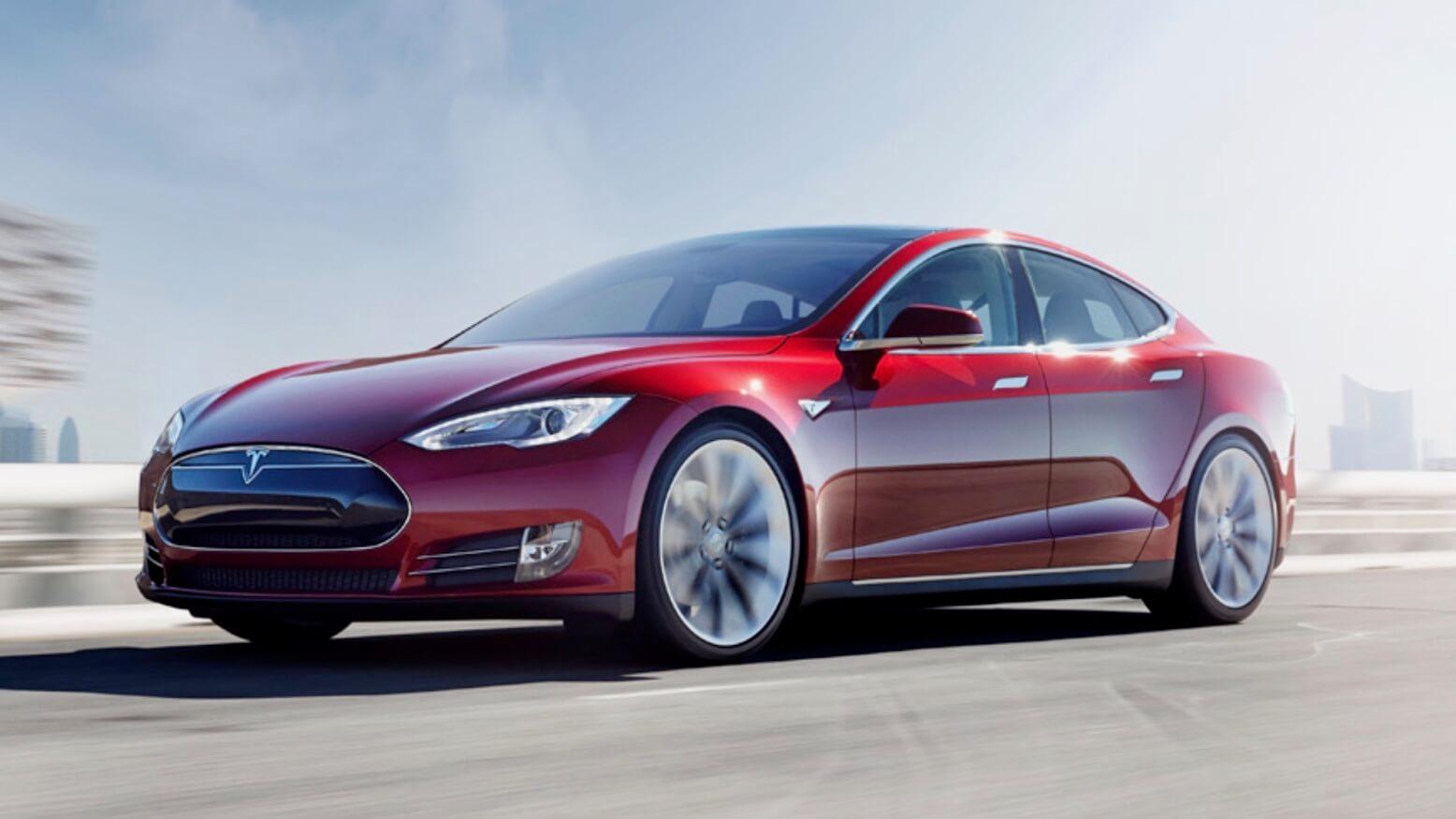 Tesla Model S pre facelift