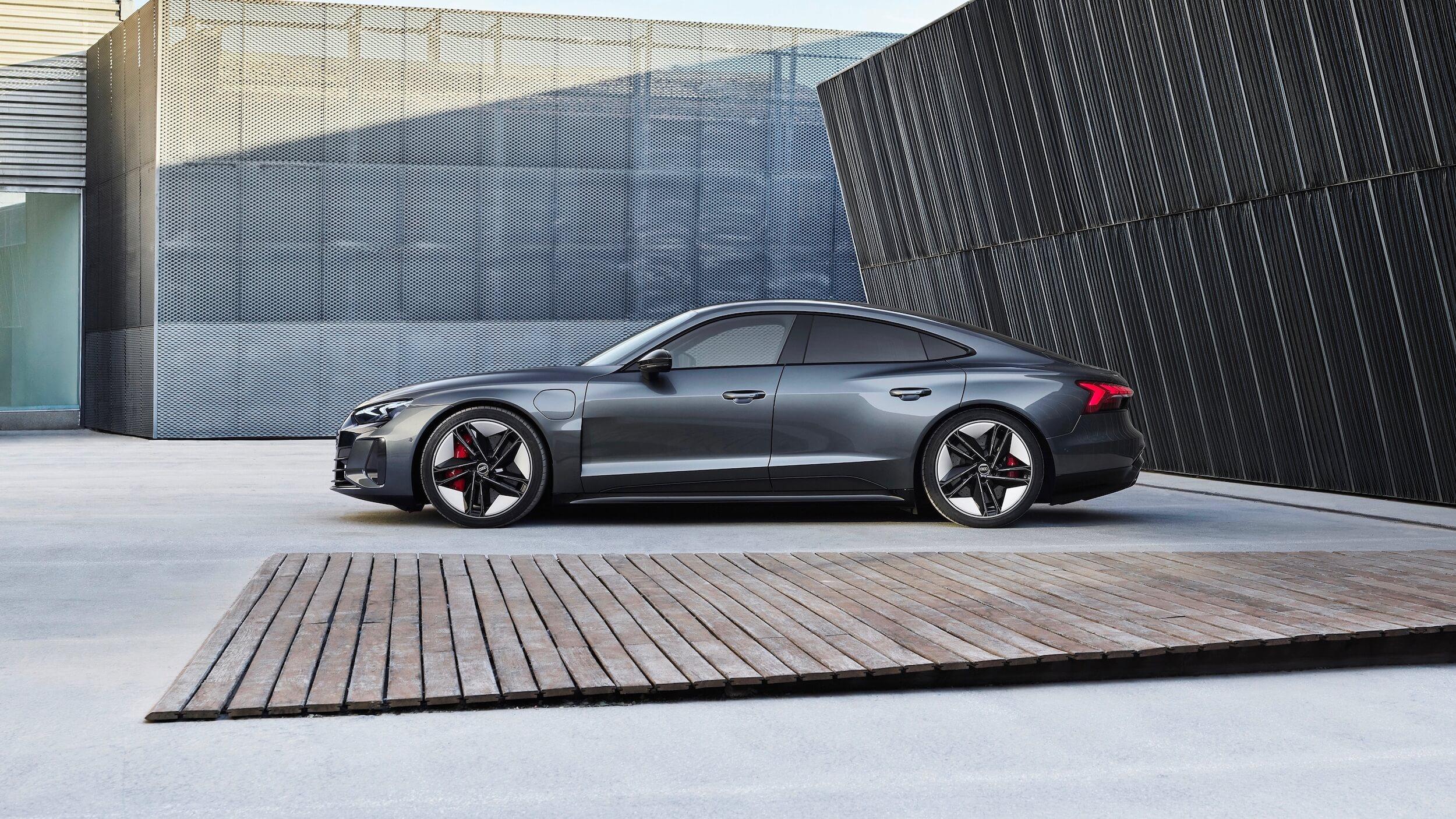 Audi e tron GT RS profiel