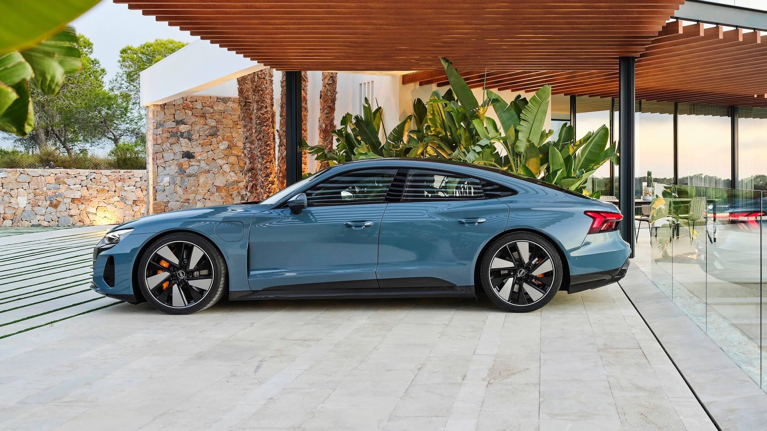 Audi e tron GT quattro profiel
