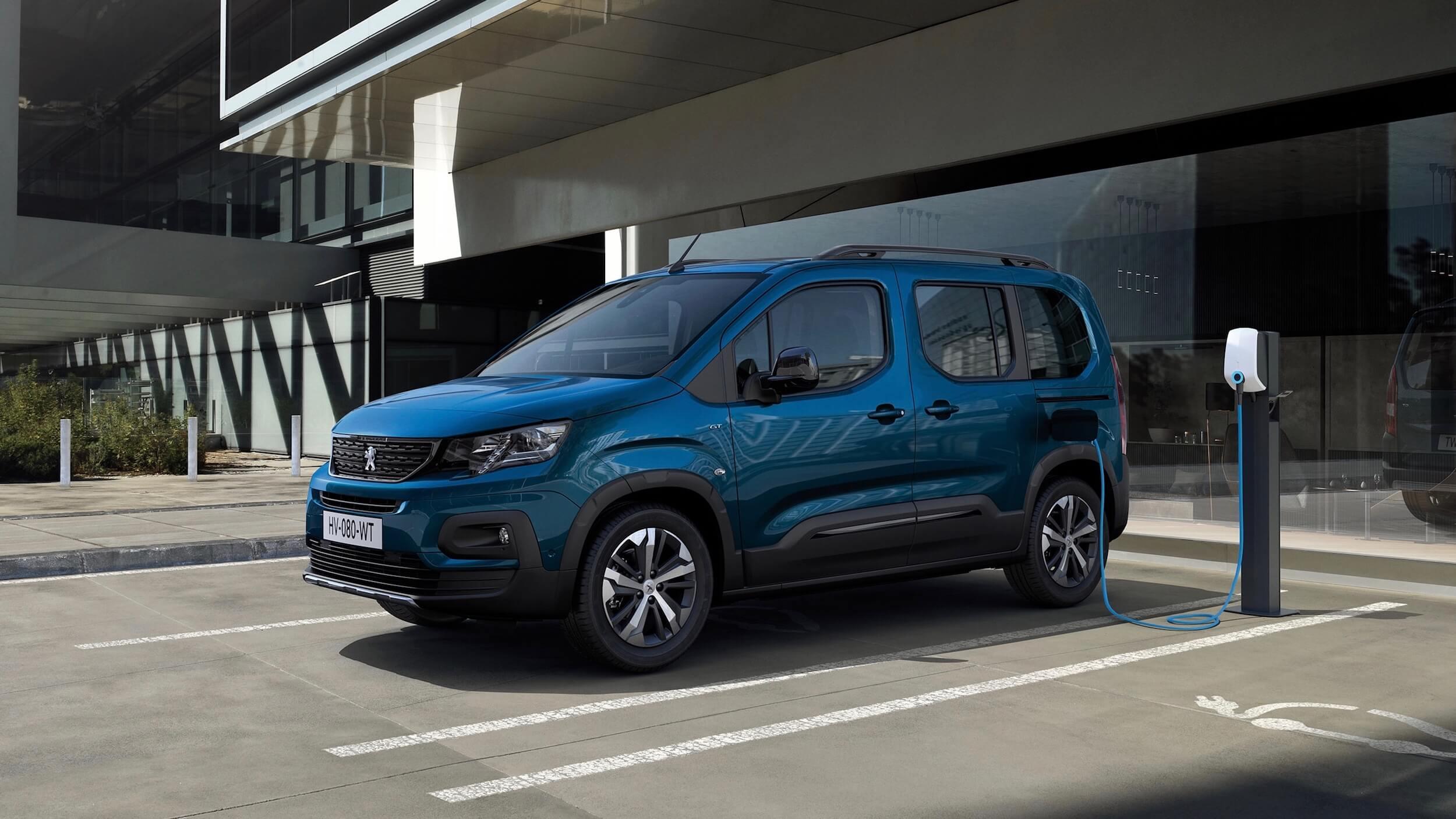 Peugeot e Rifter laadpaal