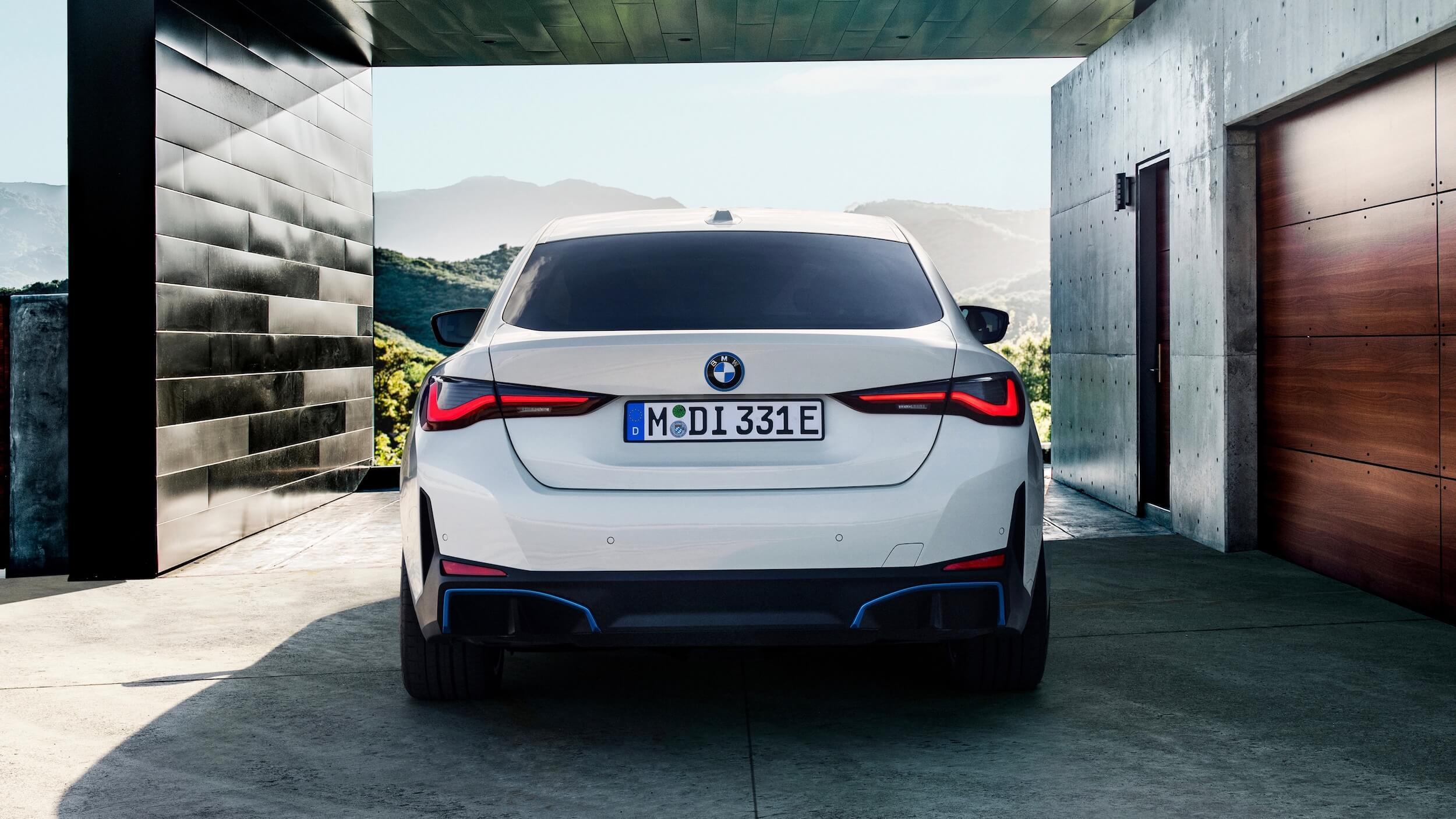 BMW i4 eDrive40 achterkant
