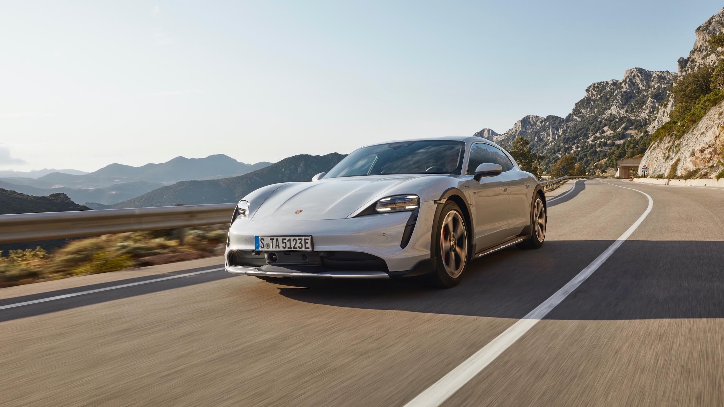 Elektrische Porsche Taycan 4S Cross Turismo