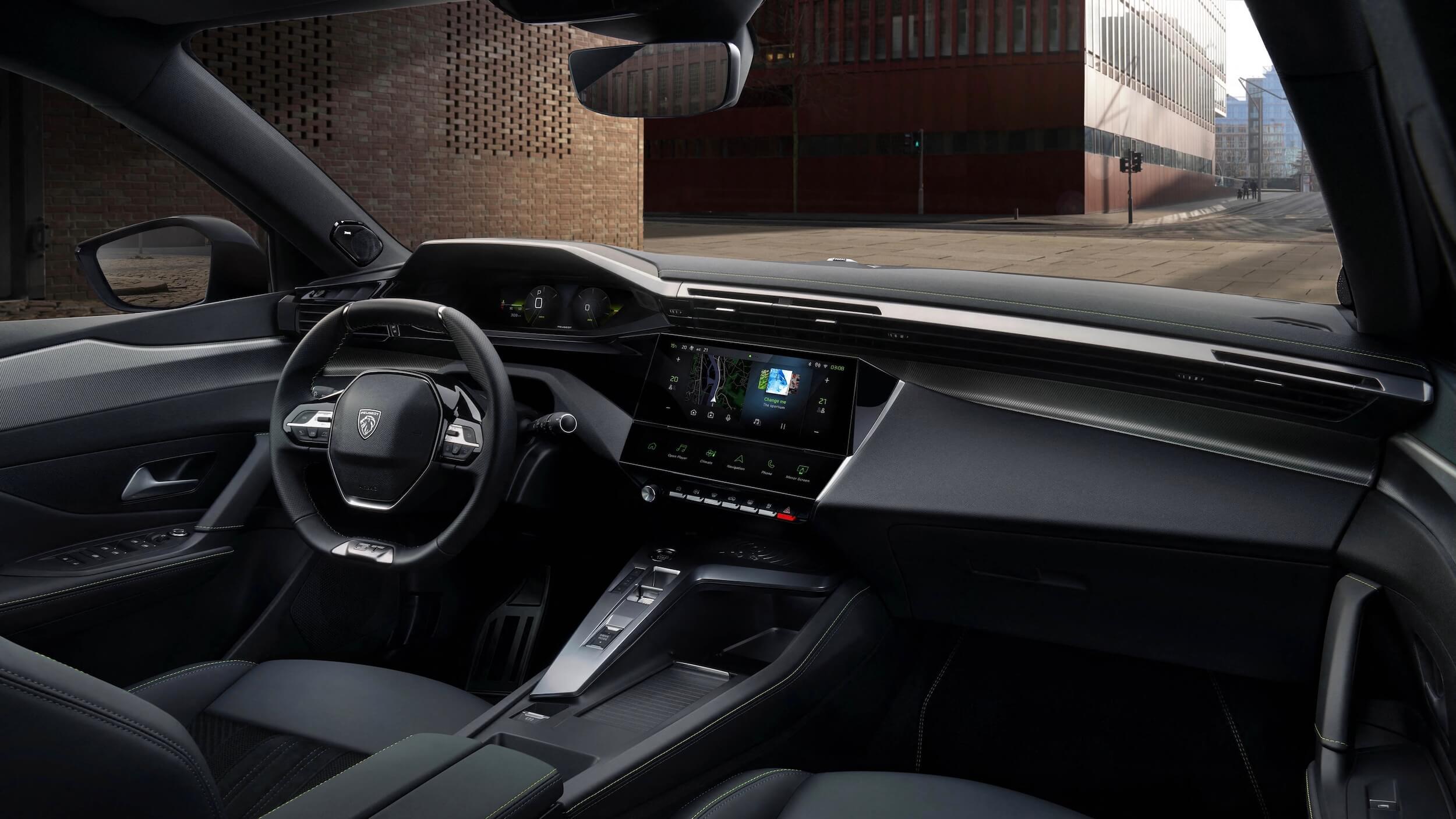Peugeot 308 PHEV interieur